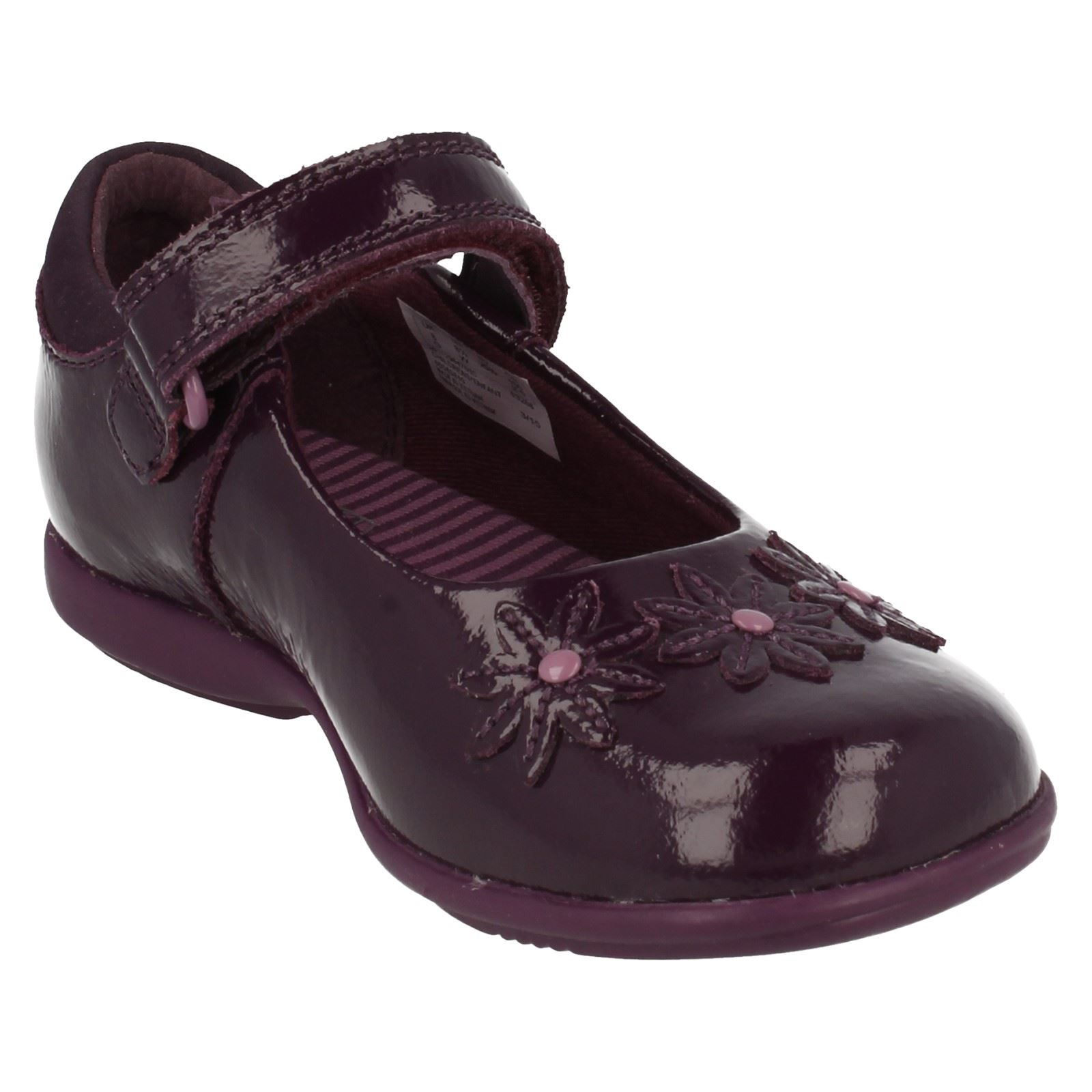 clarks patent leather light shoes