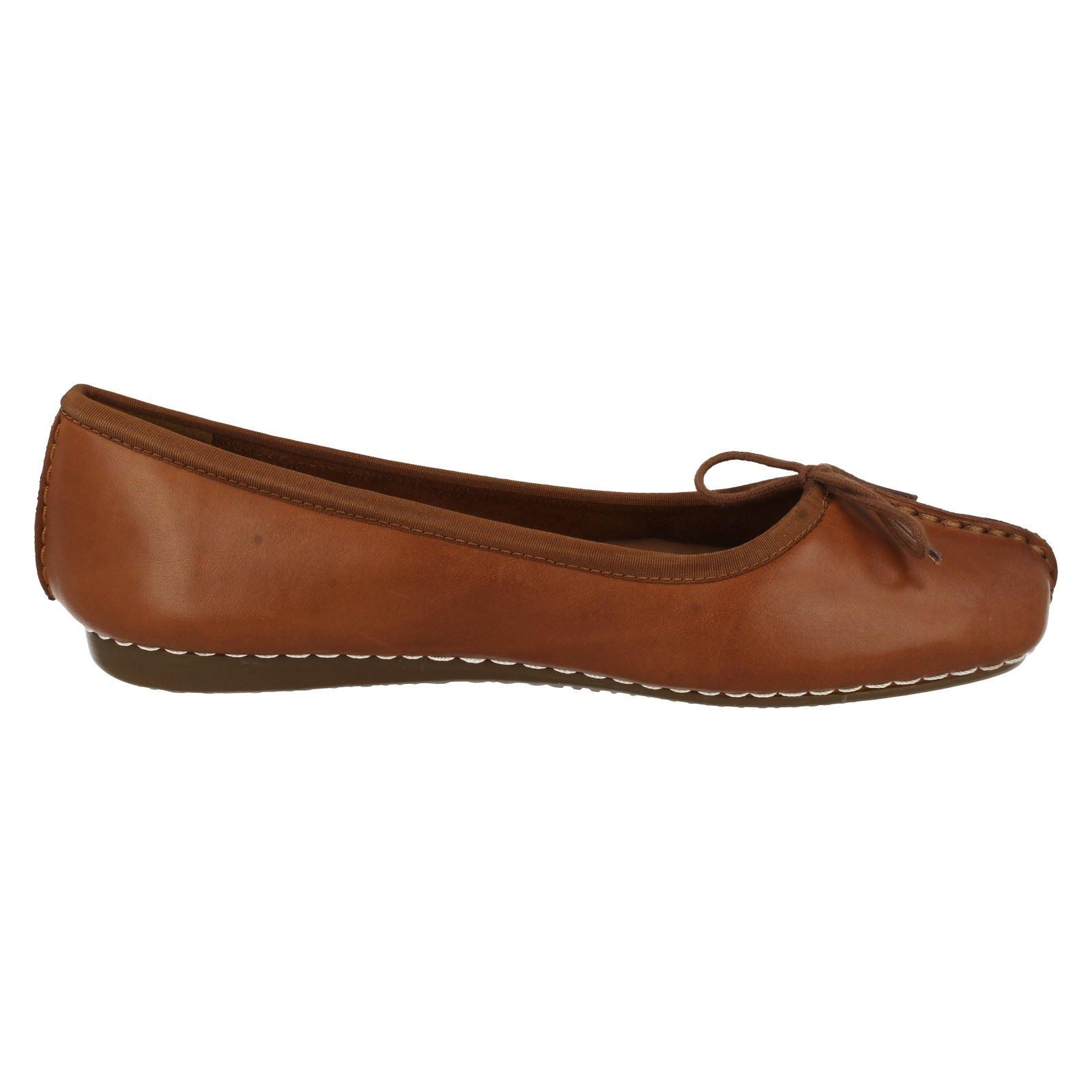 Comfortable Flats Ladies Shoes