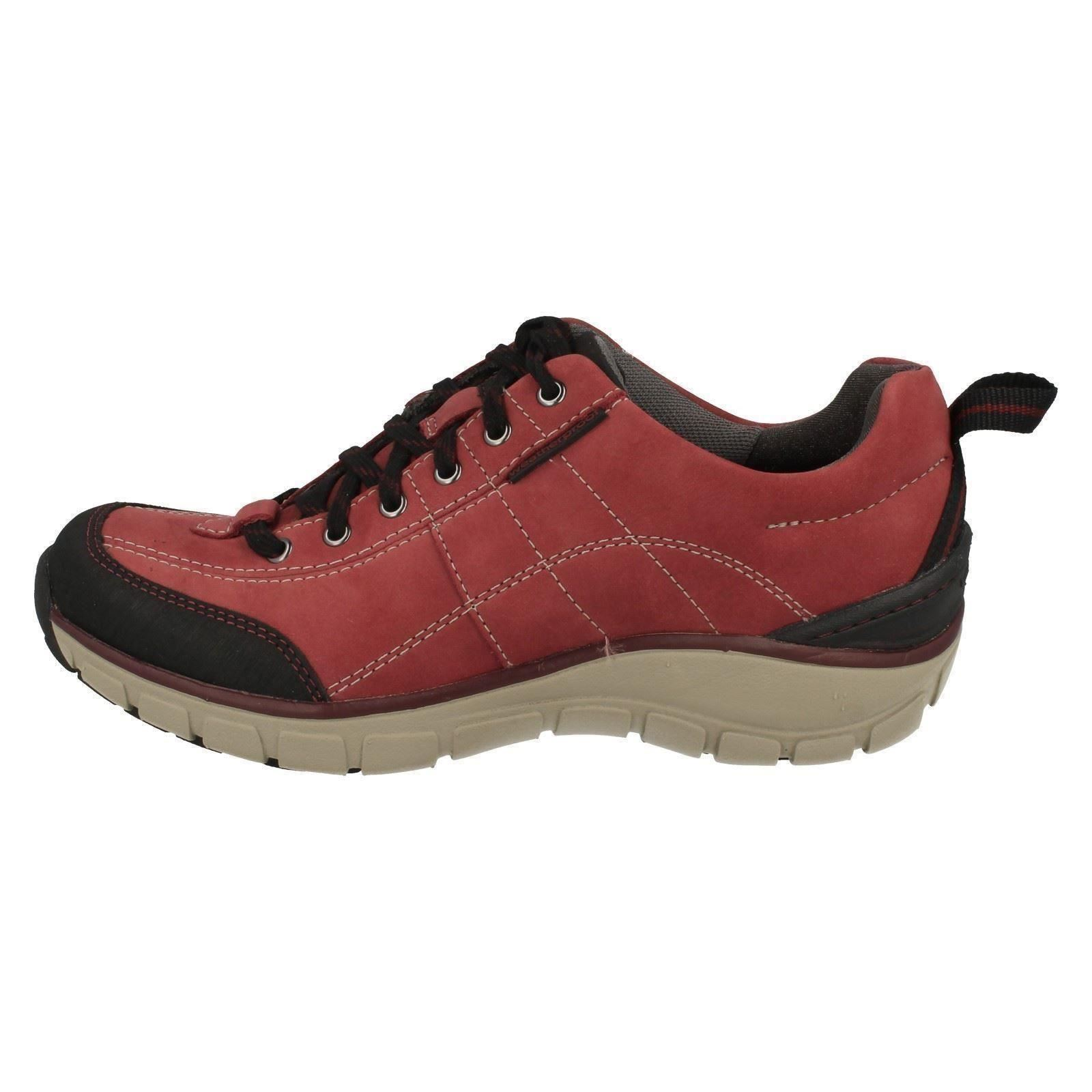Clarks Ladies Wave Walk Shoes