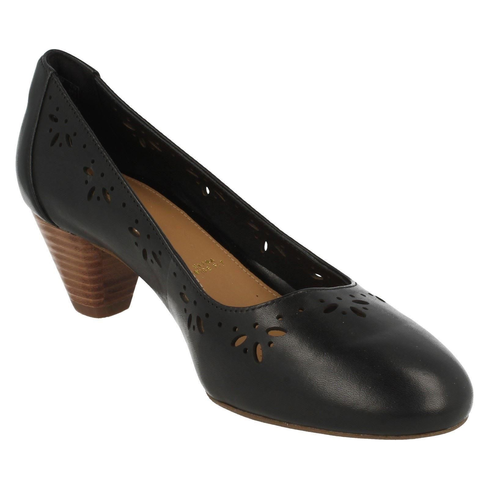 Clarks Extra Wide Ladies Shoes
