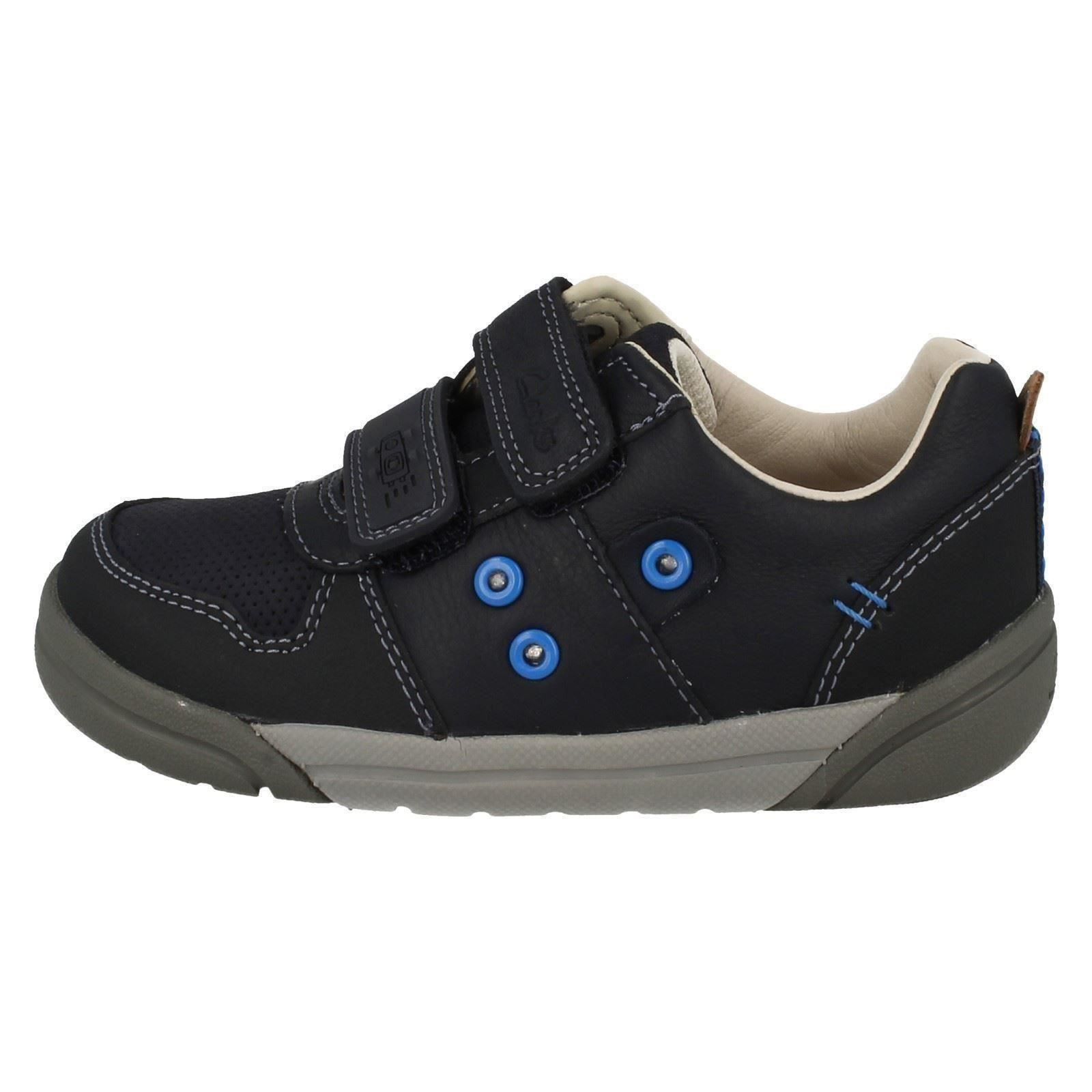infant junior boys clarks casual shoes with lights lilfolkpop