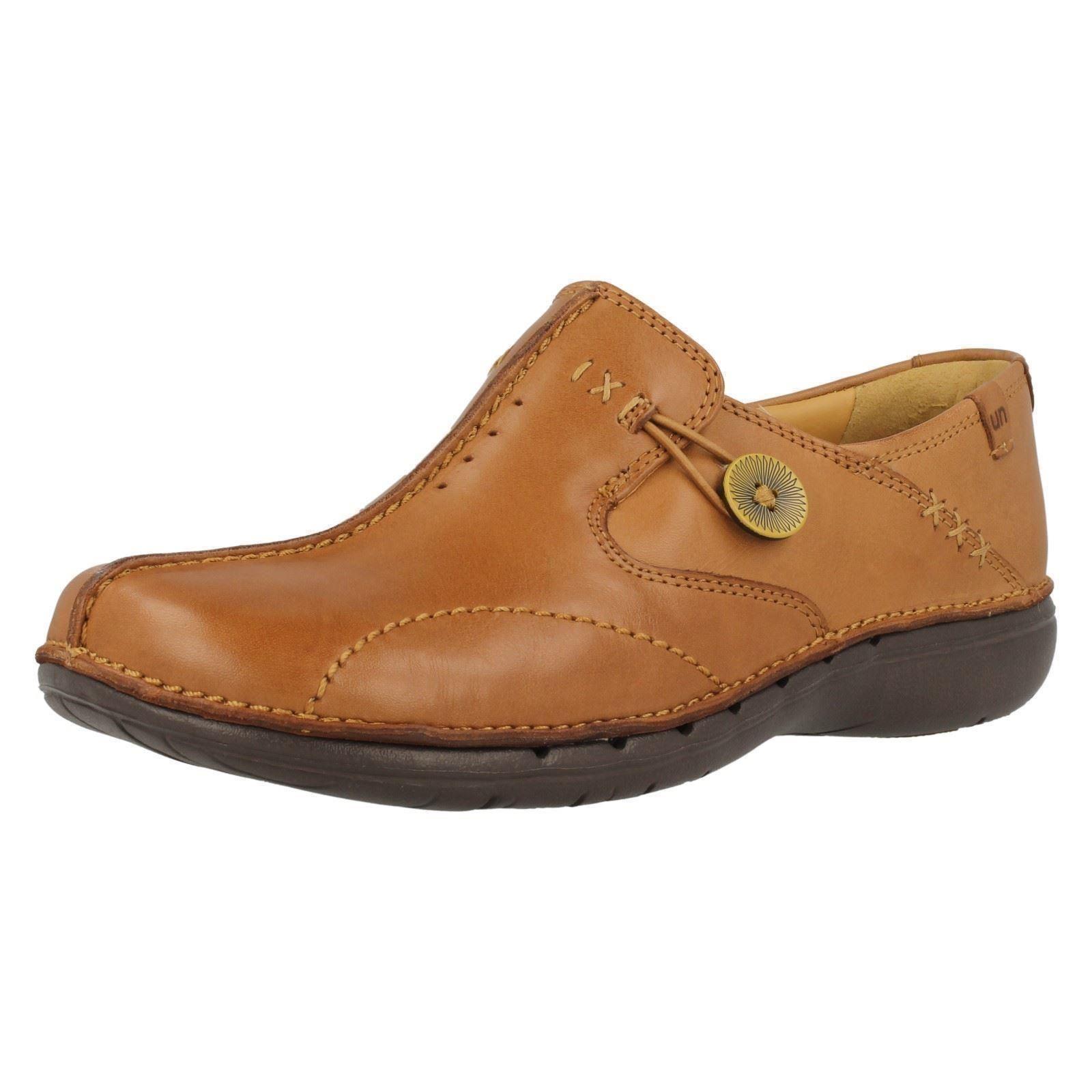 Clarks Ladies Un Loop Tan Shoes