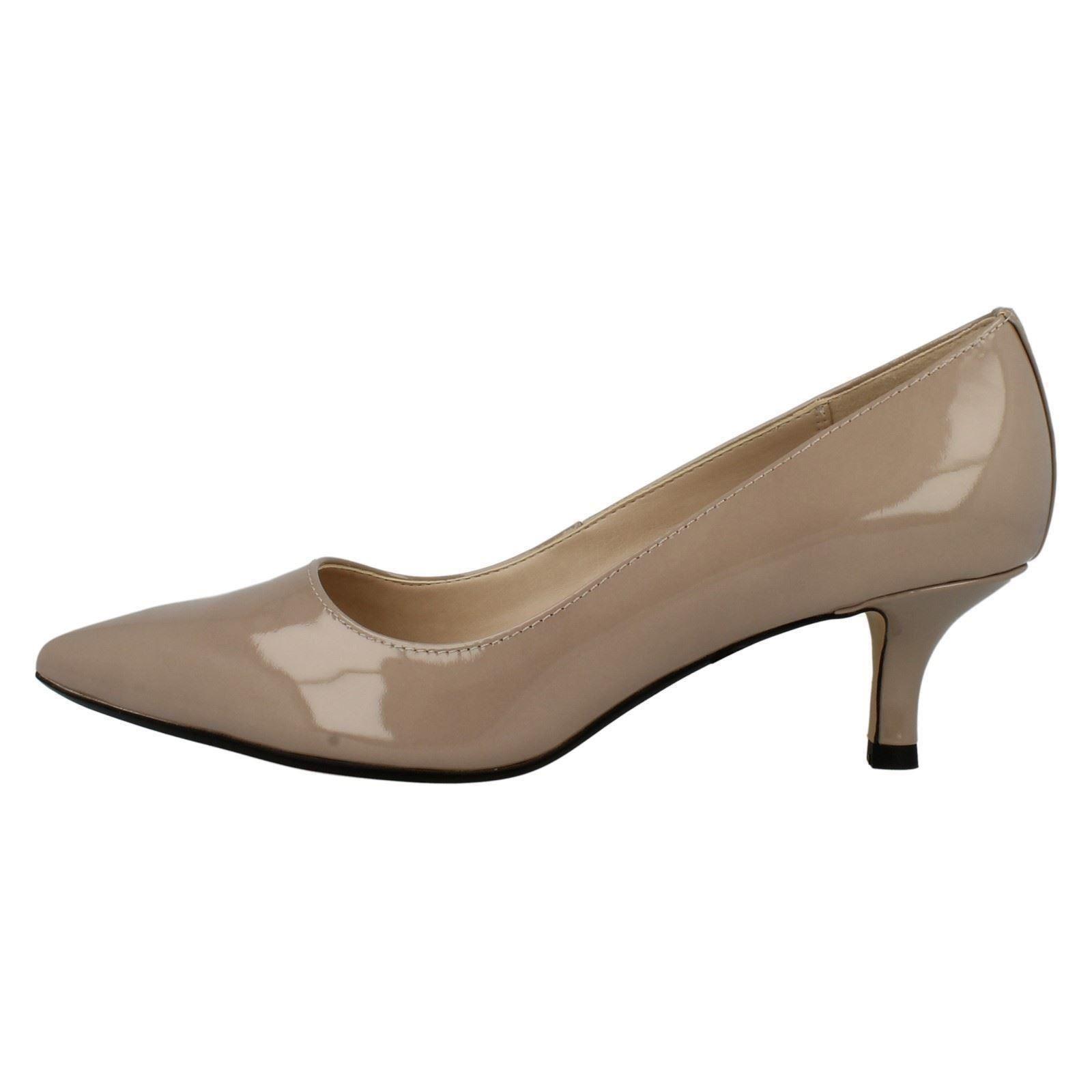 Clarks Ladies Kitten Heel Shoes