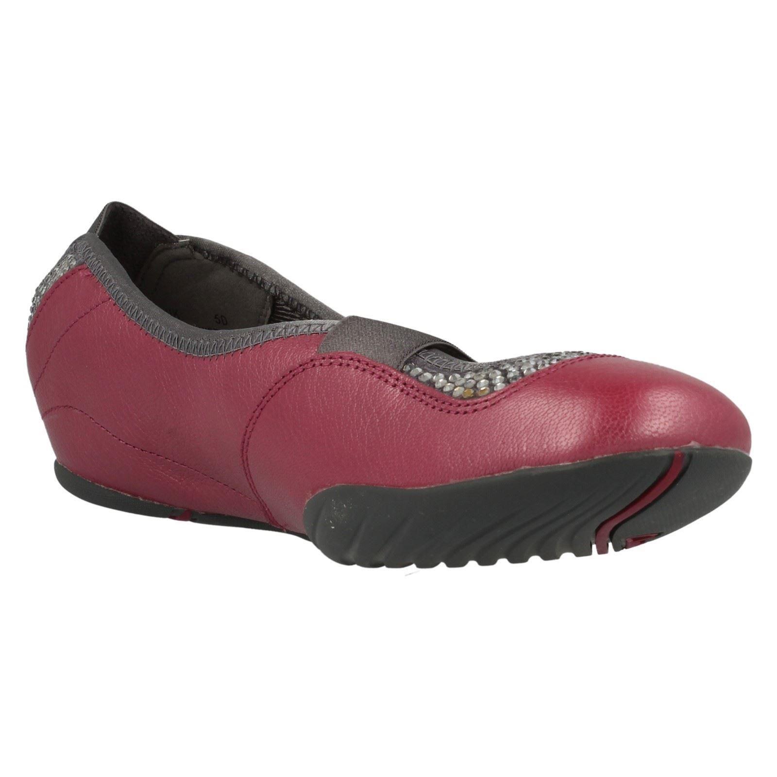 Ladies Clarks Casual Flat Shoes. Idyllic Gem | EBay