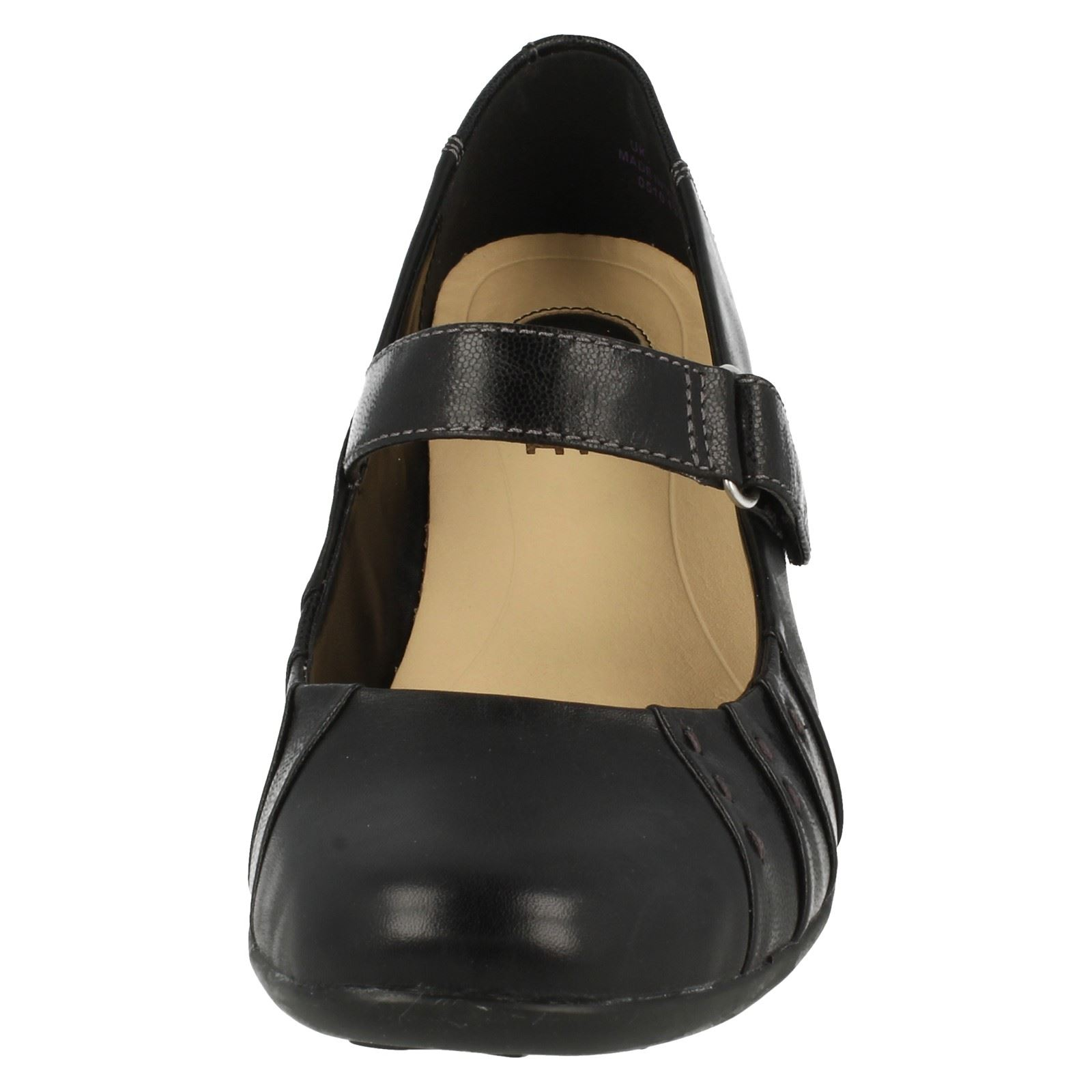 clarks active air shoes ladies