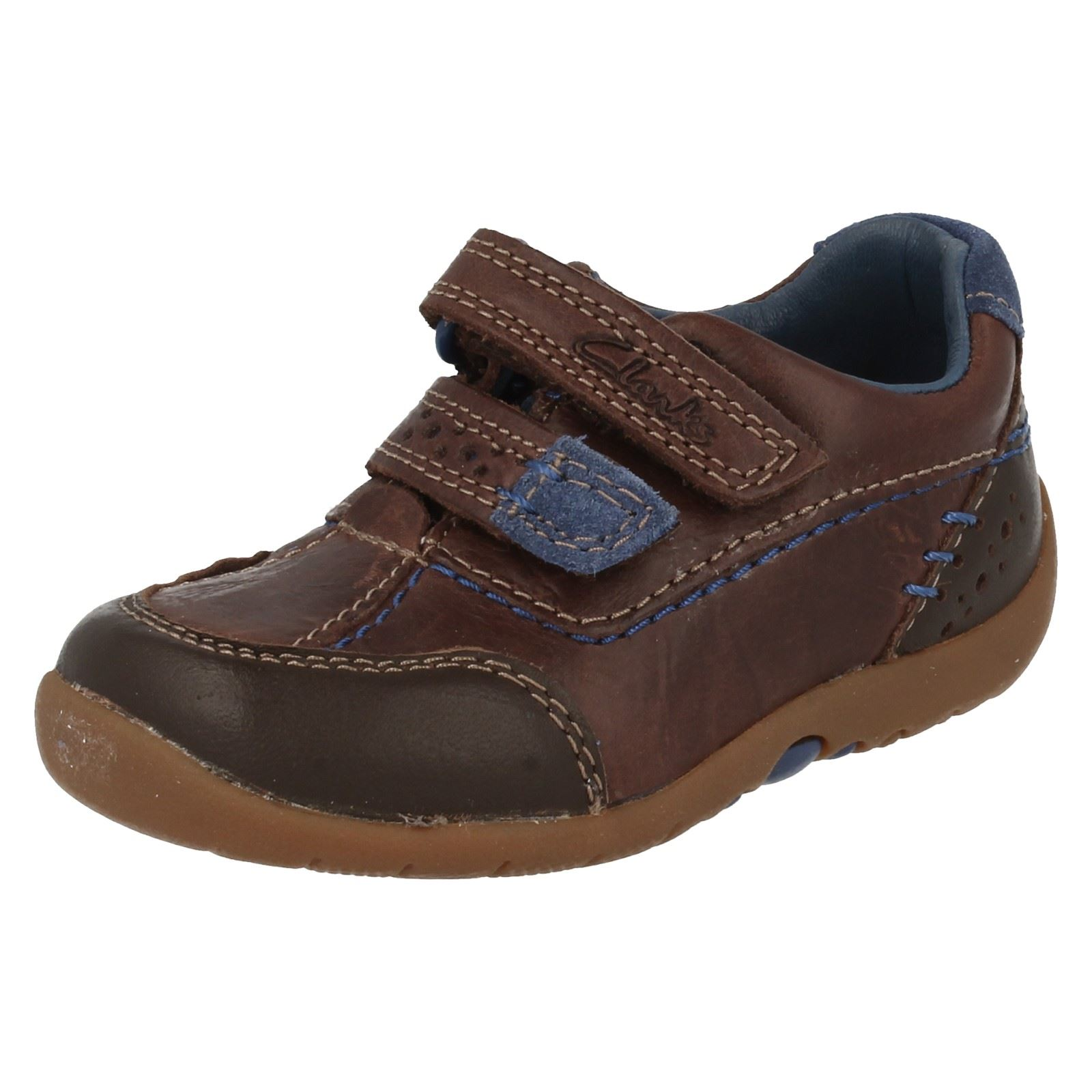 boys clarks walking shoes softly lo