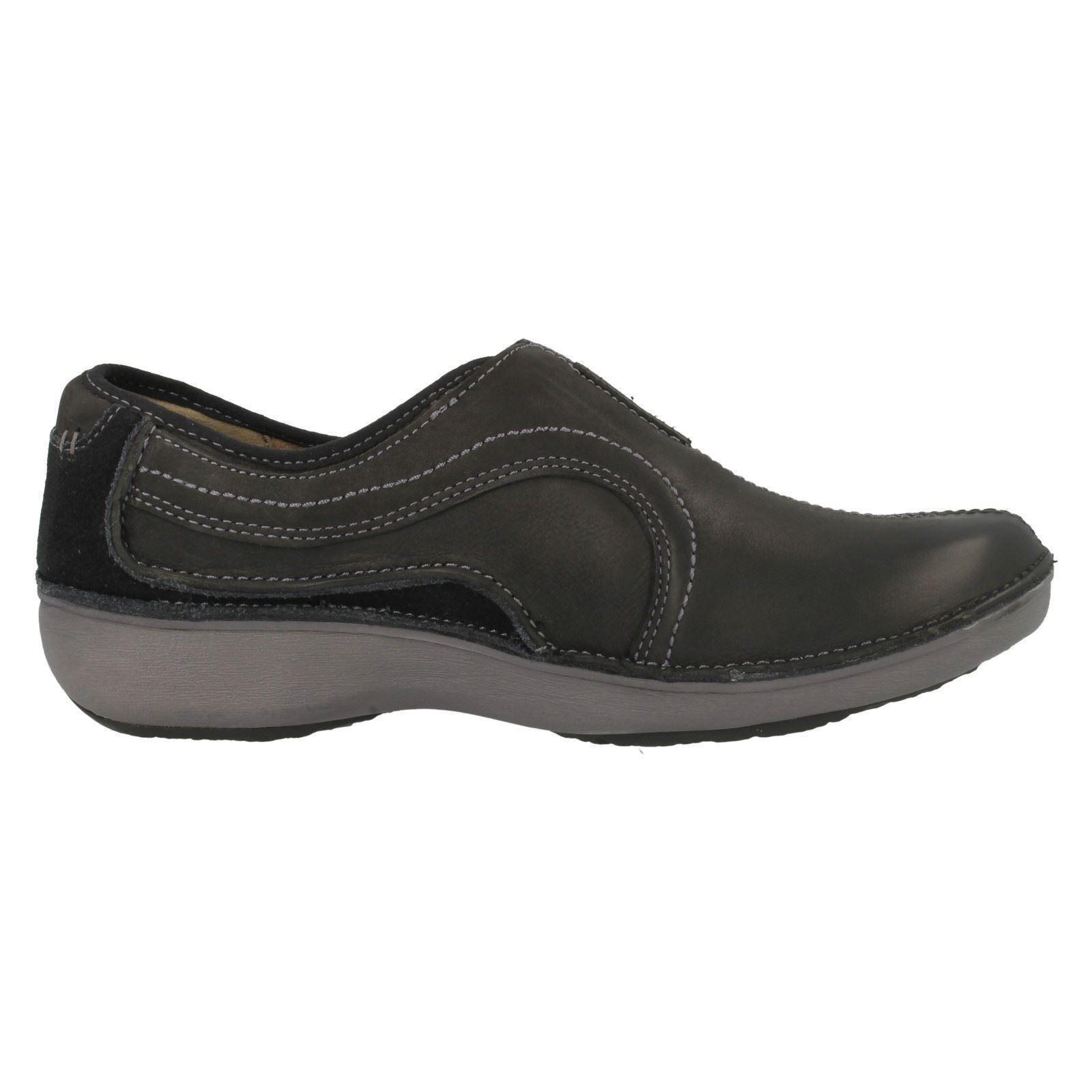 Clarks Wave Walk Womens Shoes Size