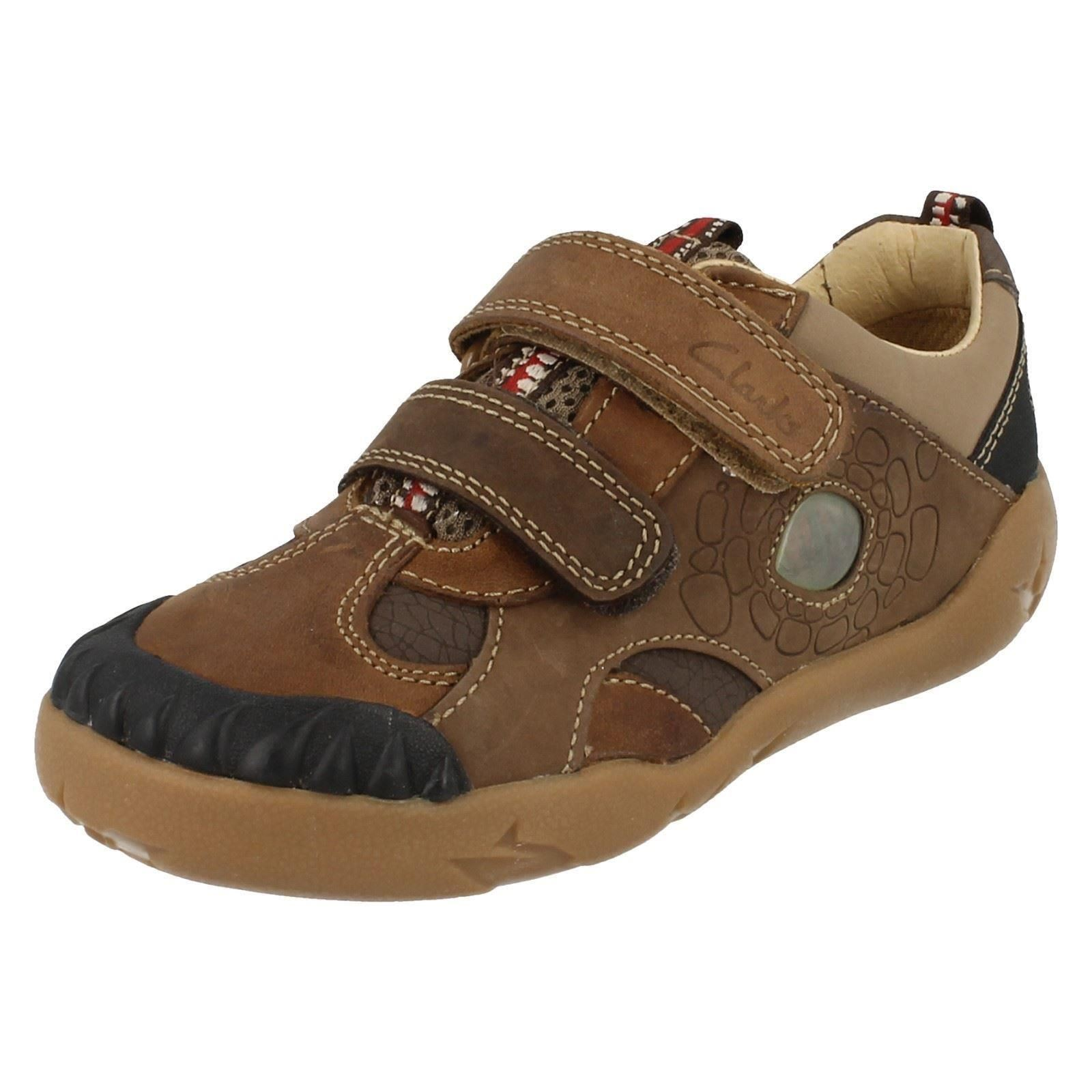 boys clarks casual leather shoes stompo boy ebay