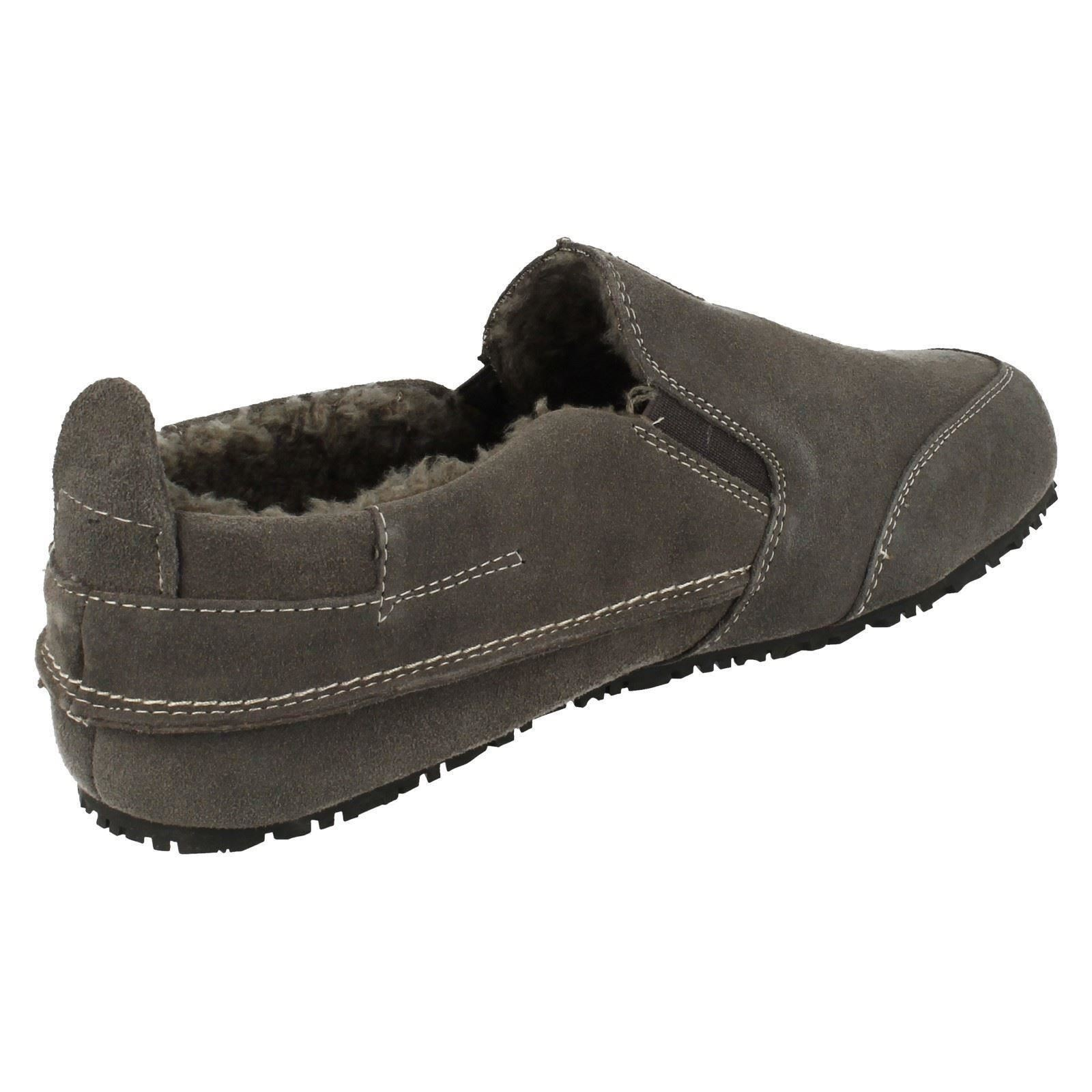 Mens Clarks Slip On House Slippers 'Kite Laser'