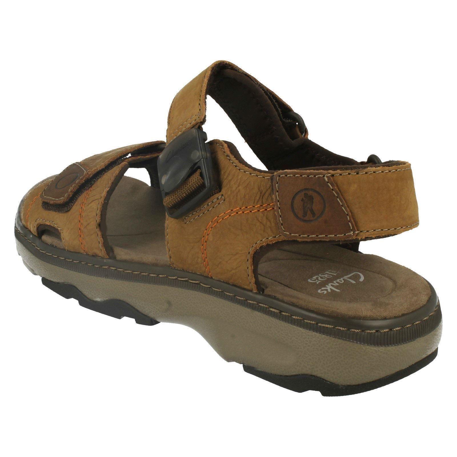Clarks Mens Riptape Shoe