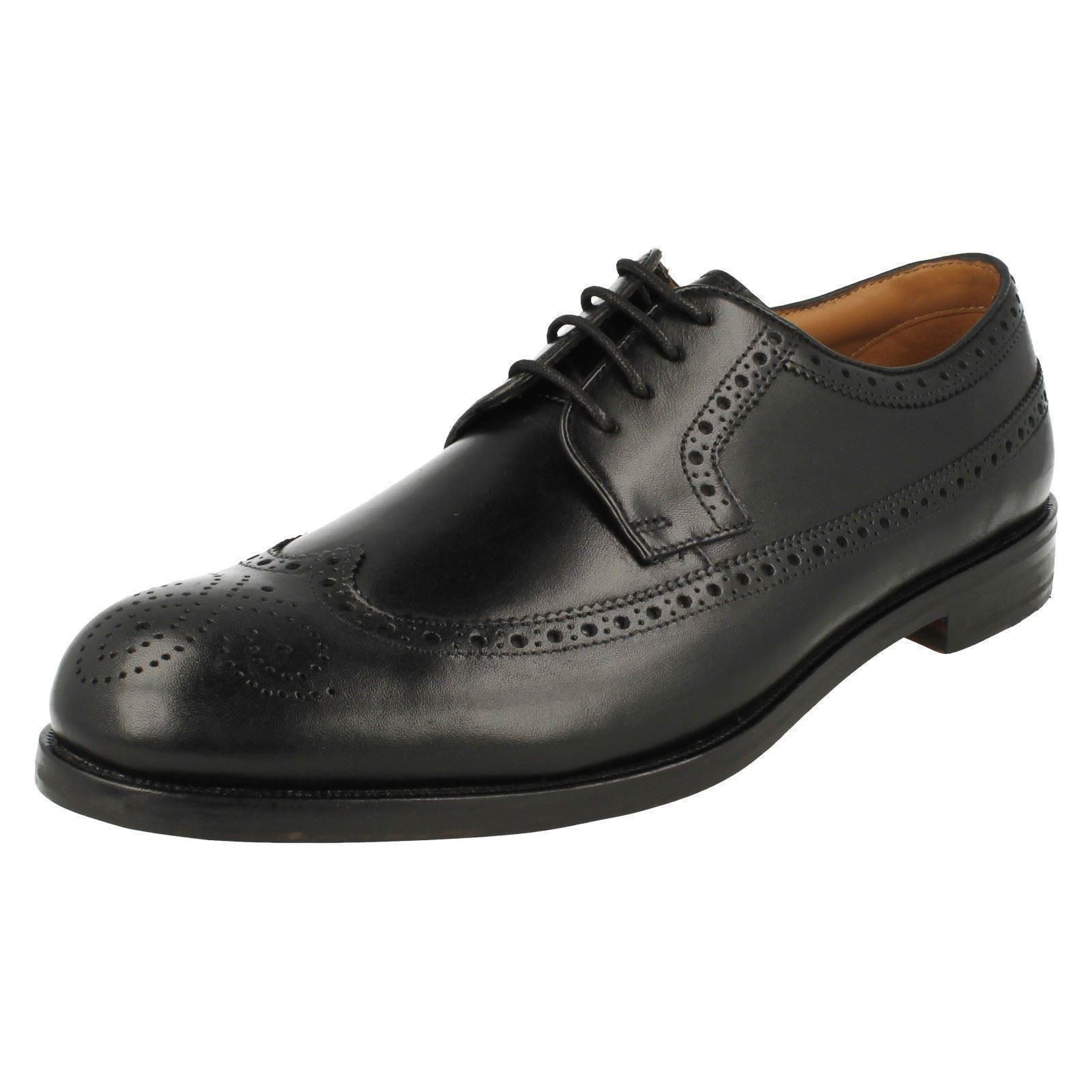 Mens Clarks Formal Brogue Style Lace Up Shoes. Coling ...