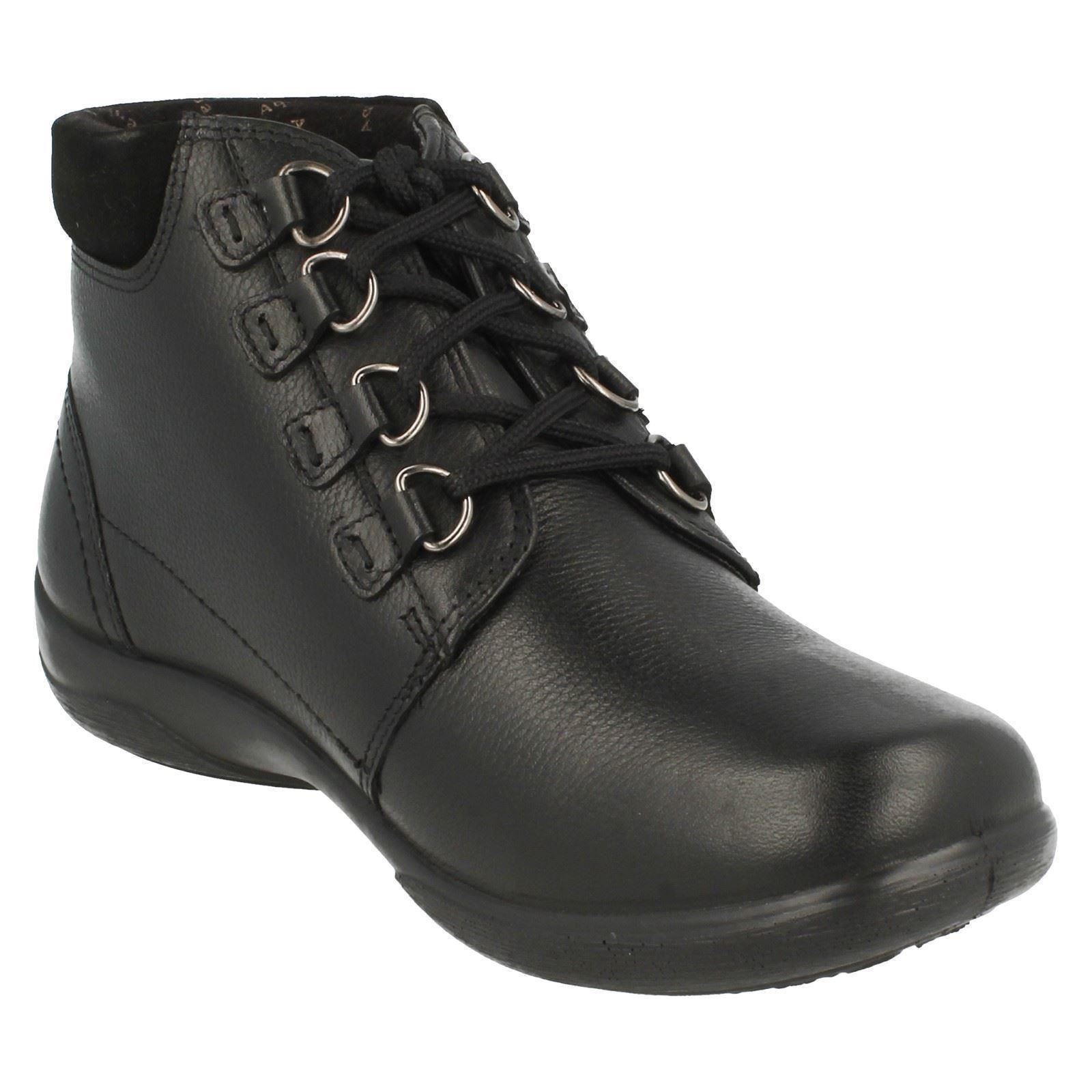 padders wide fitting waterproof leather lace up