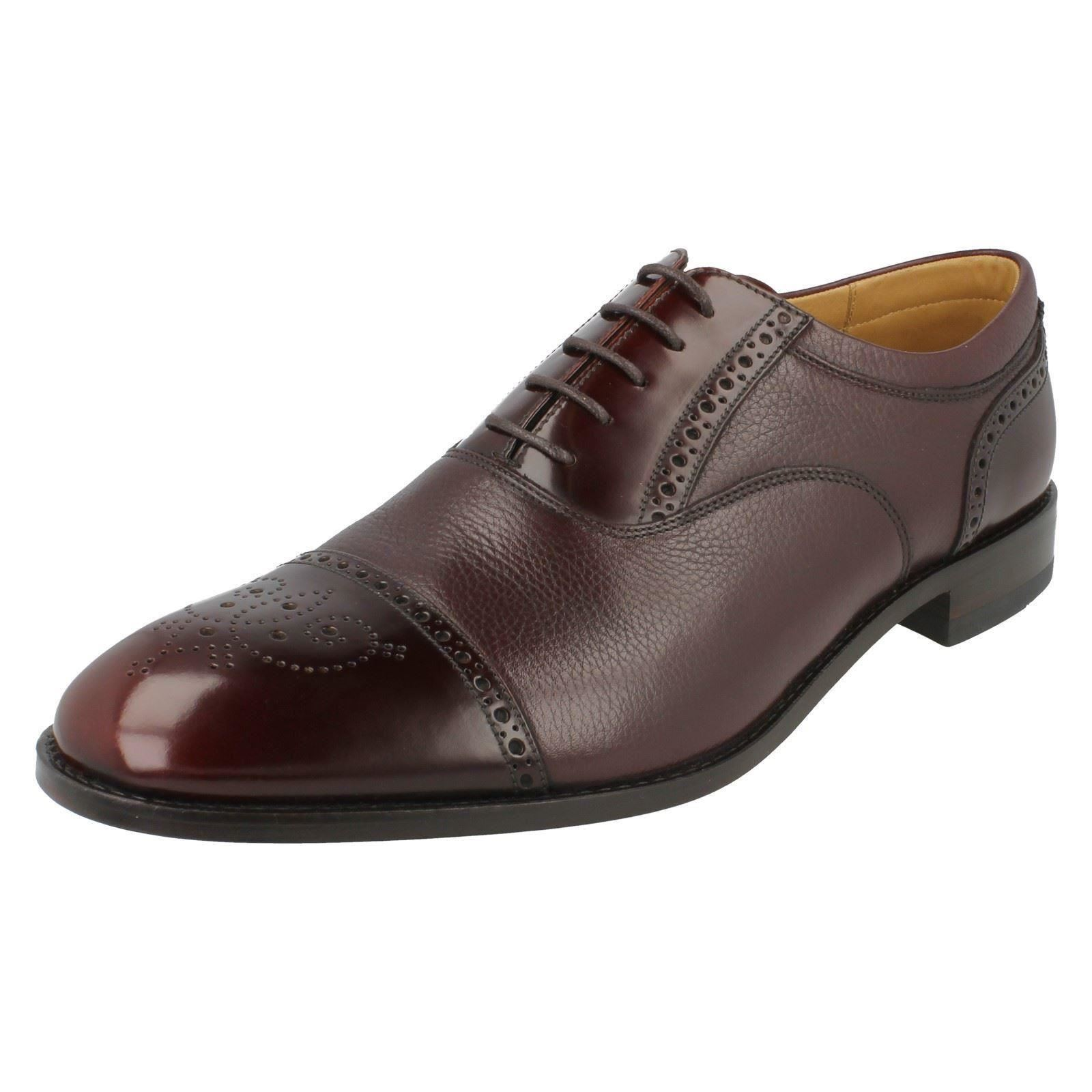 Brogue Punching Leather Oxford Shoes