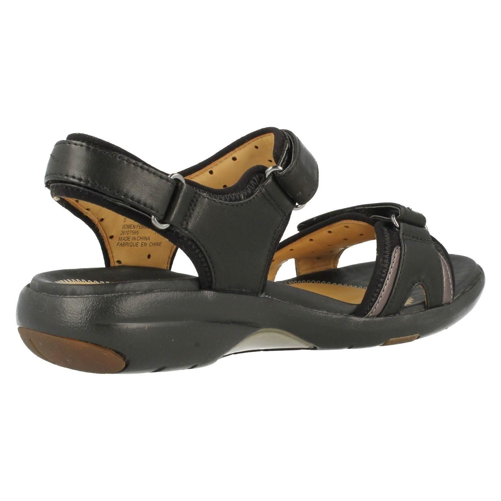 Clarks Structured Womens Shoes