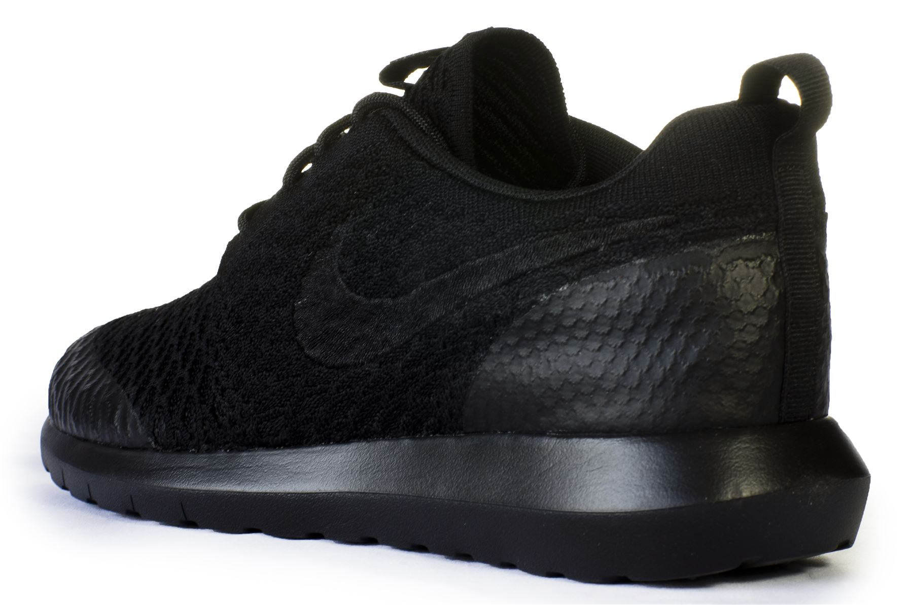 Nike Roshe Run NM Flyknit SE Running Trainers in Black 816531 001