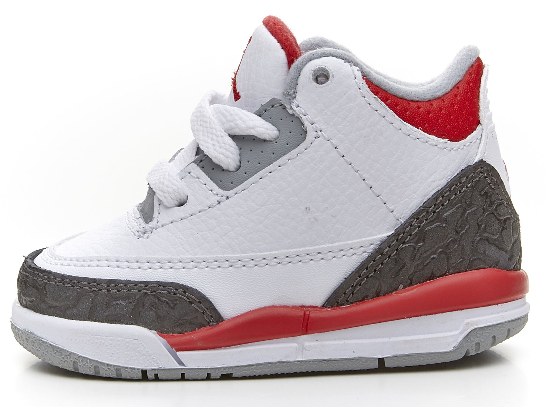 Kids Foot Locker boasts an unbeatable selection of shoes, apparel, kids red air jordan trainers and accessories for kids, infants, and toddlers With brands ranging from Jordan, Nike. Kids' Grade School Air Jordan Retro 13 Basketball Shoes.