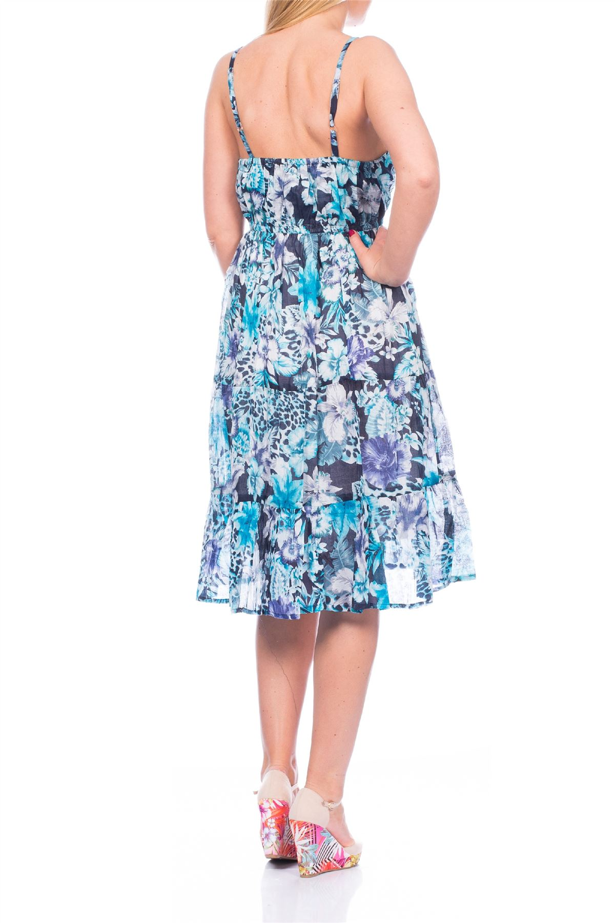 Size 22 Dresses. Showing 8 of 8 results that match your query. Search Product Result. Product - Women Casual Plus Size V-Neck Long Sleeve Dress Sexy Beautiful Party Women Clothes PESTE. Product Image. Product Title. Women Casual Plus Size V-Neck Long Sleeve Dress Sexy Beautiful Party Women Clothes PESTE.