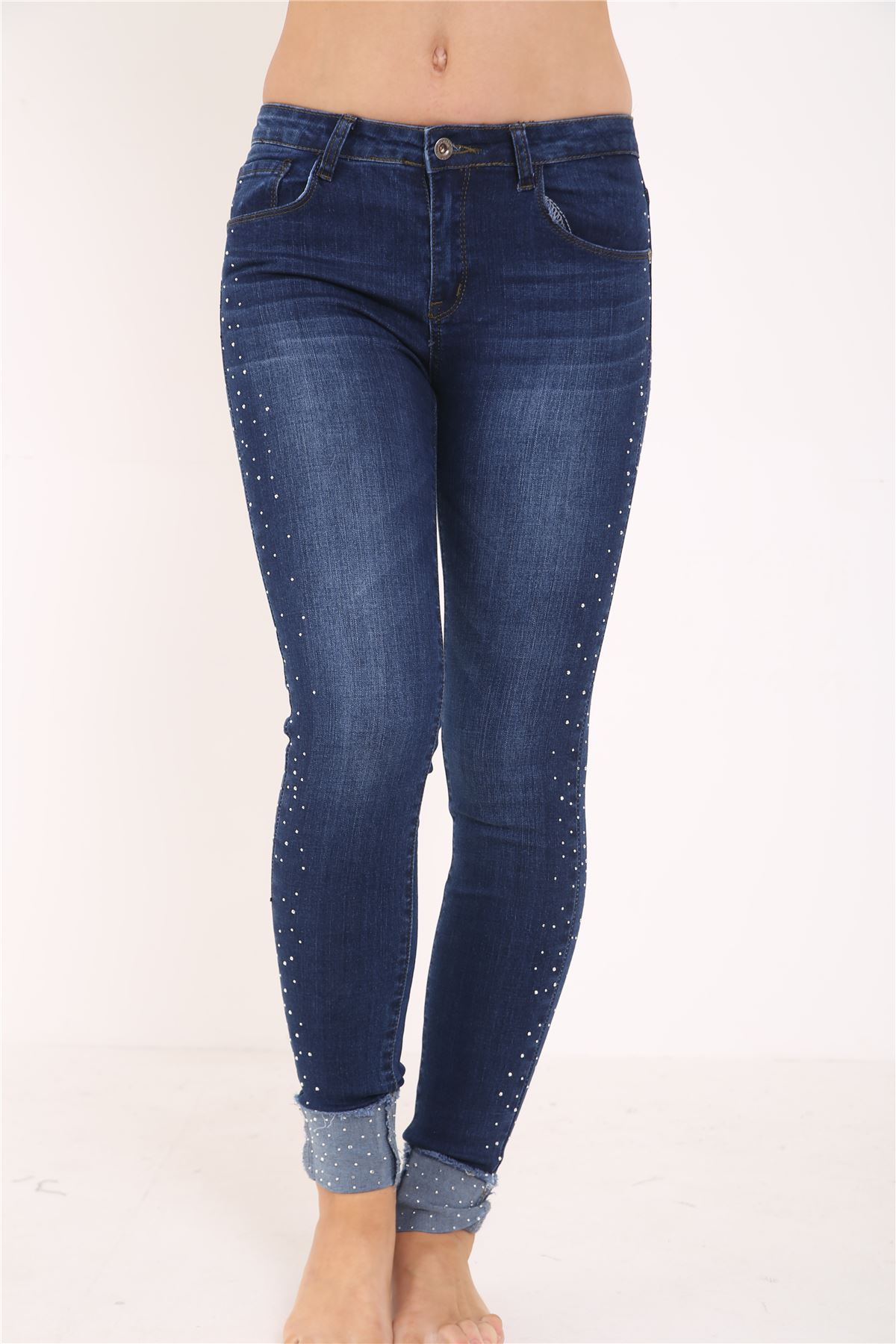 Stretch jeans are the perfect way to get ultra slim, fitted skinny styling—even try denim leggings. Or try a slim straight leg designs or go fro a vintage-inspired wide-leg pick. Shop stretchy jeans from brands like MICHAEL Michael Kors, Lauren Ralph Lauren, Eileen Fisher and Charter Club (only at Macy's).
