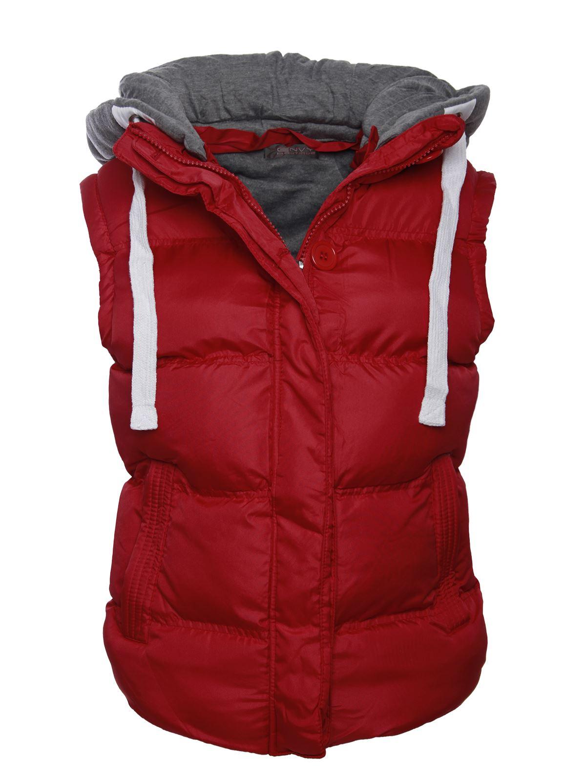 Sleeveless jacket for women