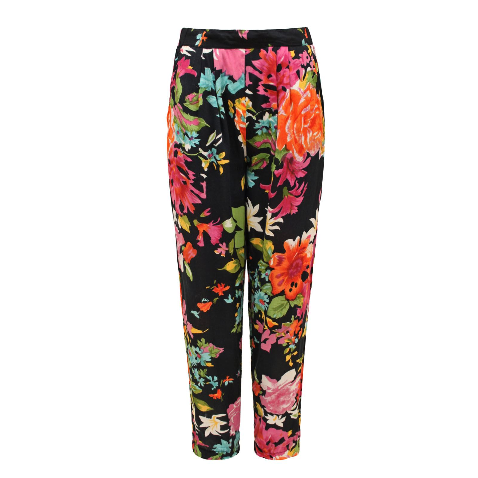 Shop the Latest Styles Ted Baker womenswear collection Floral detail trousers MADLYNE Black womens Trousers & Shorts % Quality Guarantee. at UTDKNS,Featuring a splash of fun florals, Ted's MADLYNE trousers are just the ticket for livening up workwear o.