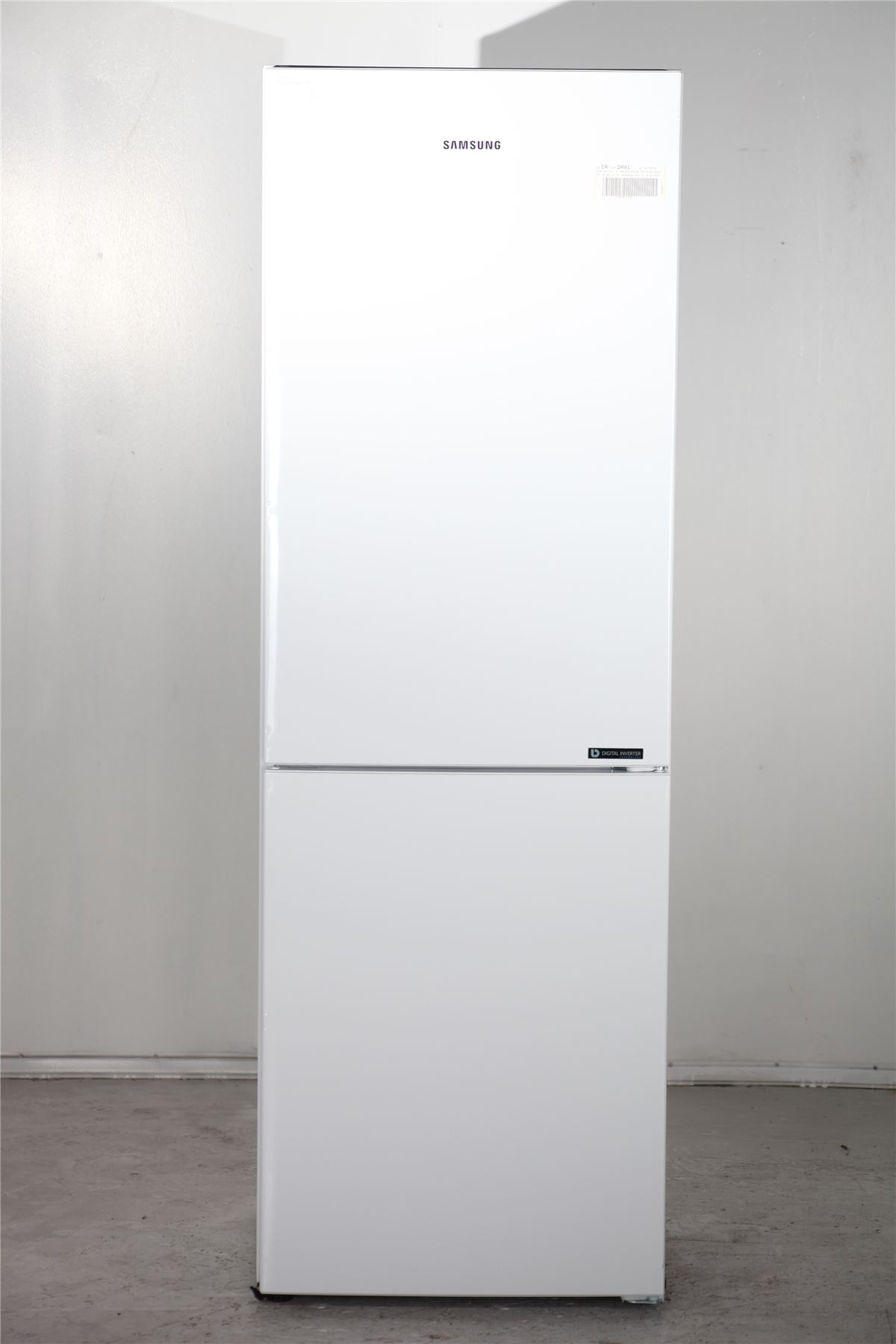 preloved samsung fridge freezer rb29fwjndsa white for sale in edmonton london. Black Bedroom Furniture Sets. Home Design Ideas