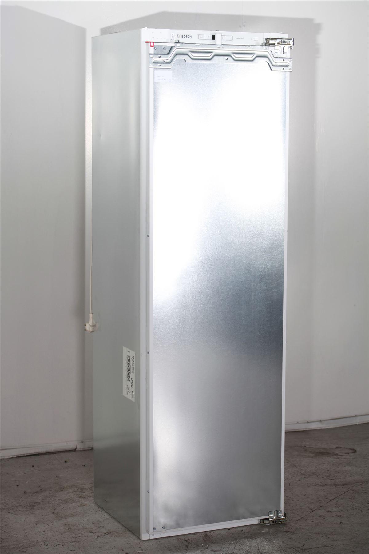 preloved bosch integrated fridge with small freezer. Black Bedroom Furniture Sets. Home Design Ideas