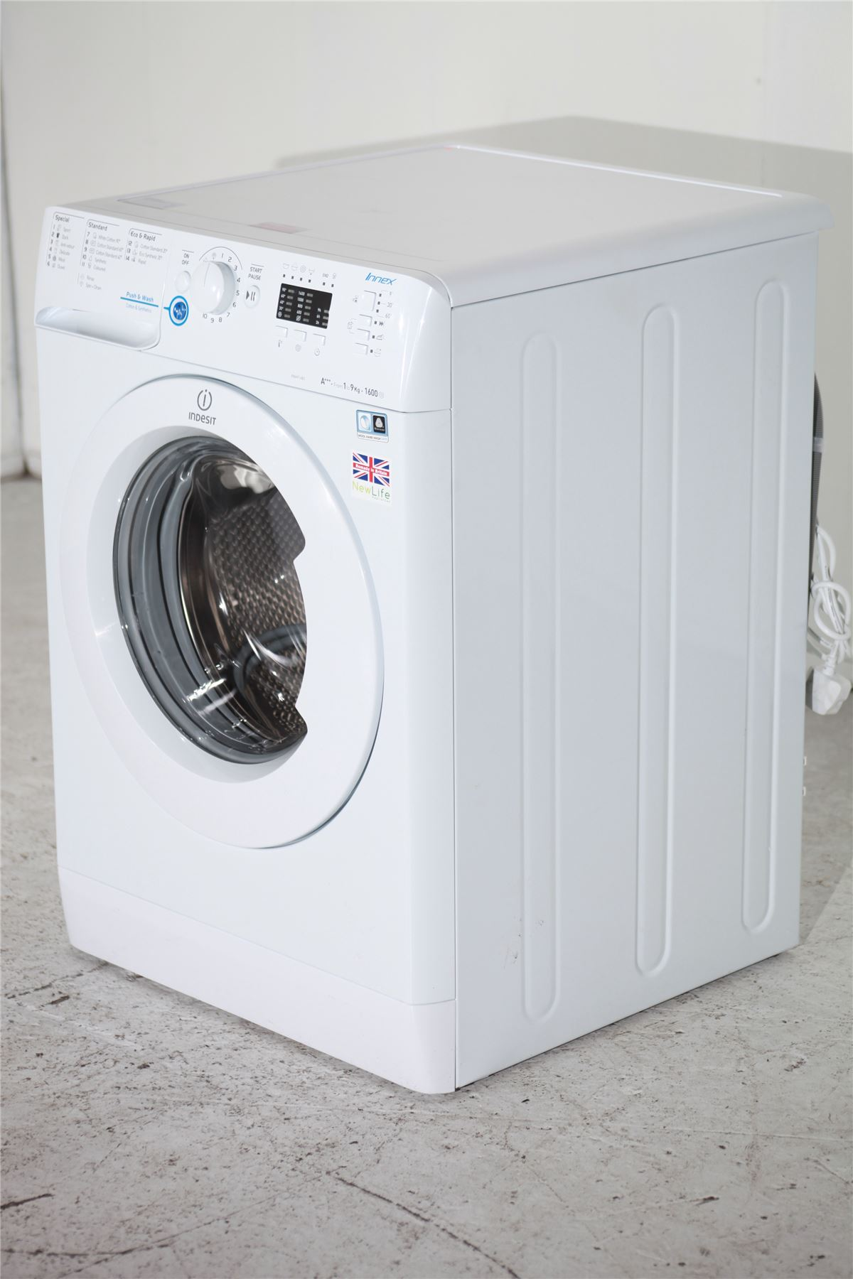 preloved indesit 9kg washing machine 1600 spin xwa91683xw white for sale in mile end london. Black Bedroom Furniture Sets. Home Design Ideas