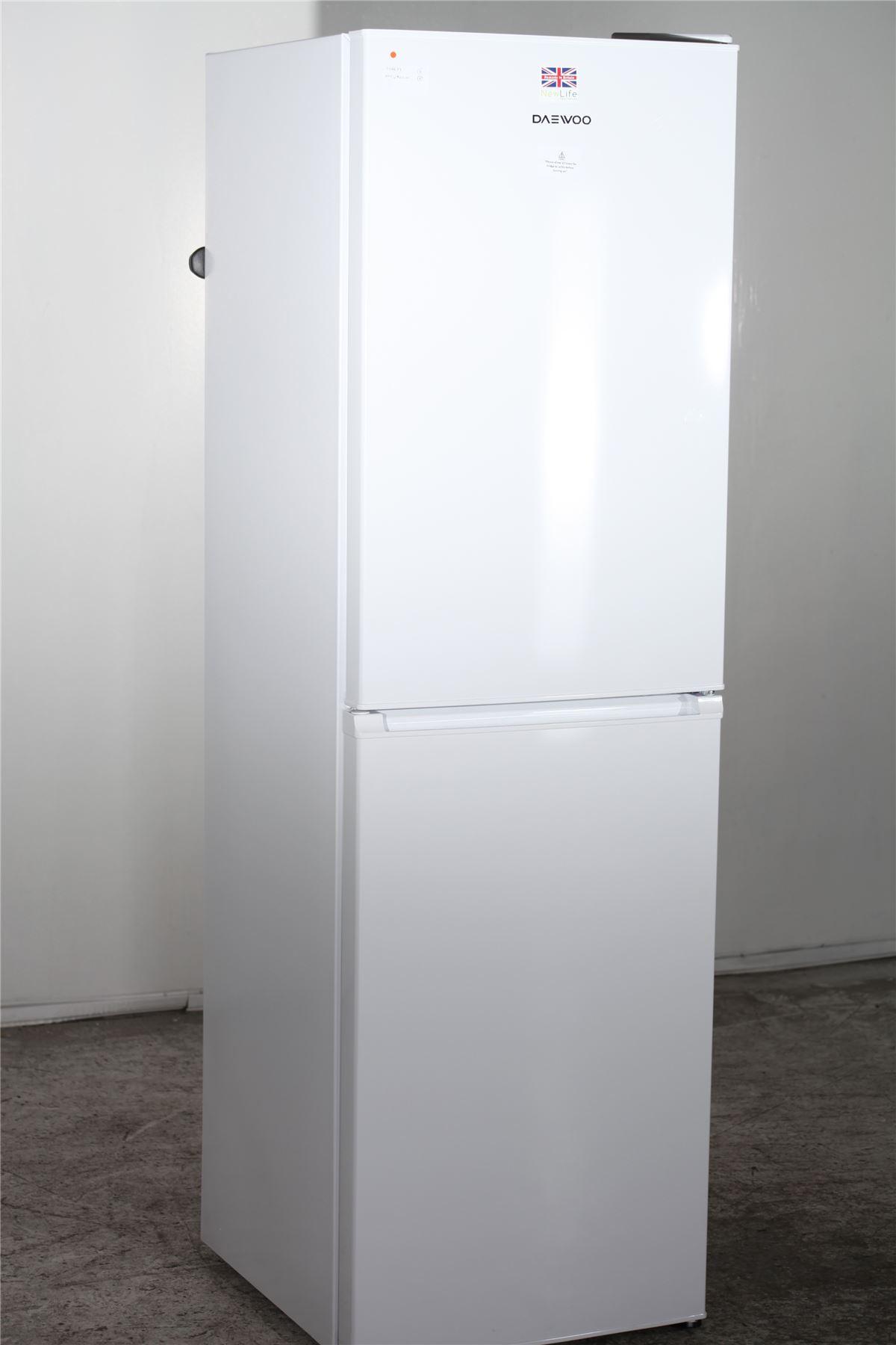 preloved daewoo fridge freezer dff470s white for. Black Bedroom Furniture Sets. Home Design Ideas