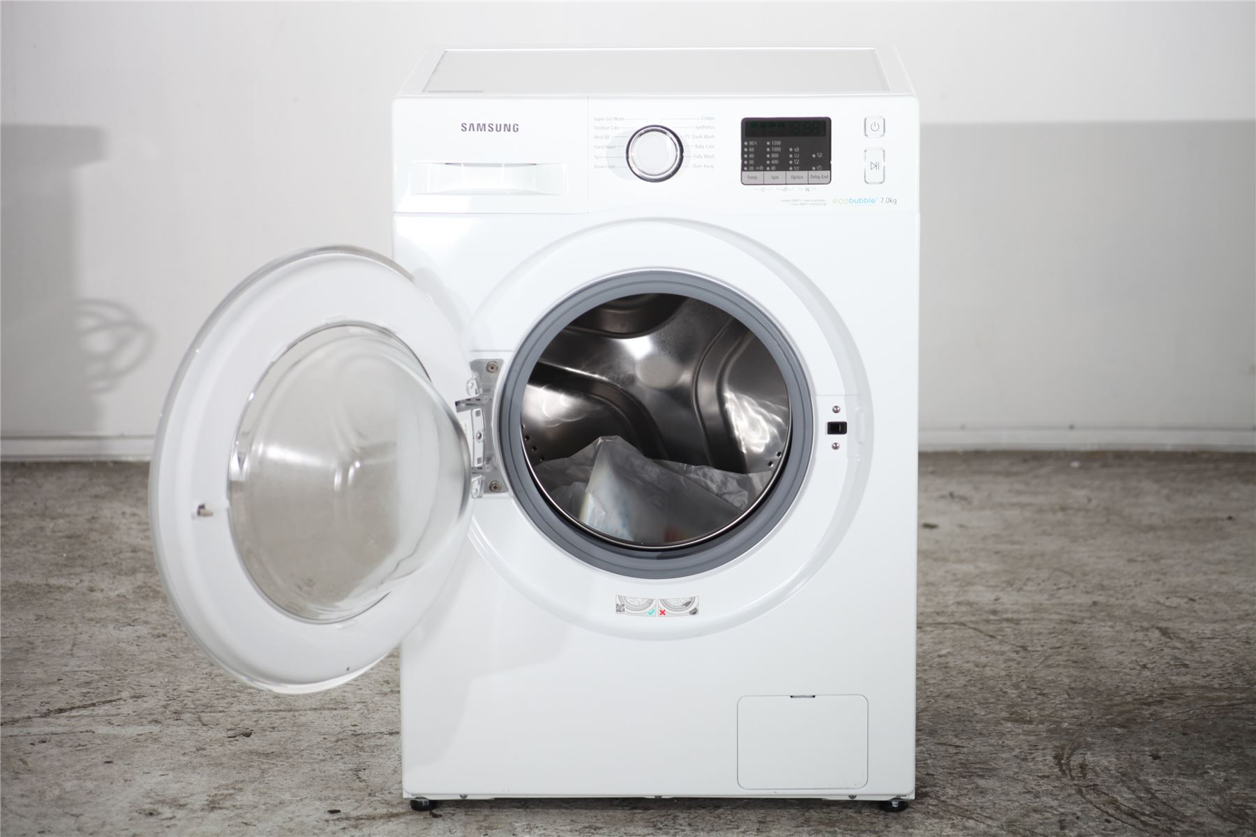 preloved samsung 7kg washing machine eco bubble wf70f5e2w2w white for sale in manchester. Black Bedroom Furniture Sets. Home Design Ideas
