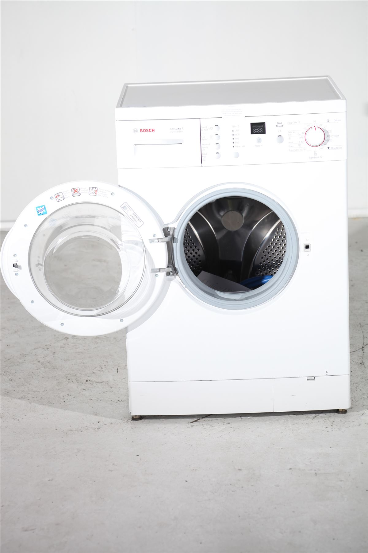 preloved bosch washing machine wfo2064gb white for. Black Bedroom Furniture Sets. Home Design Ideas