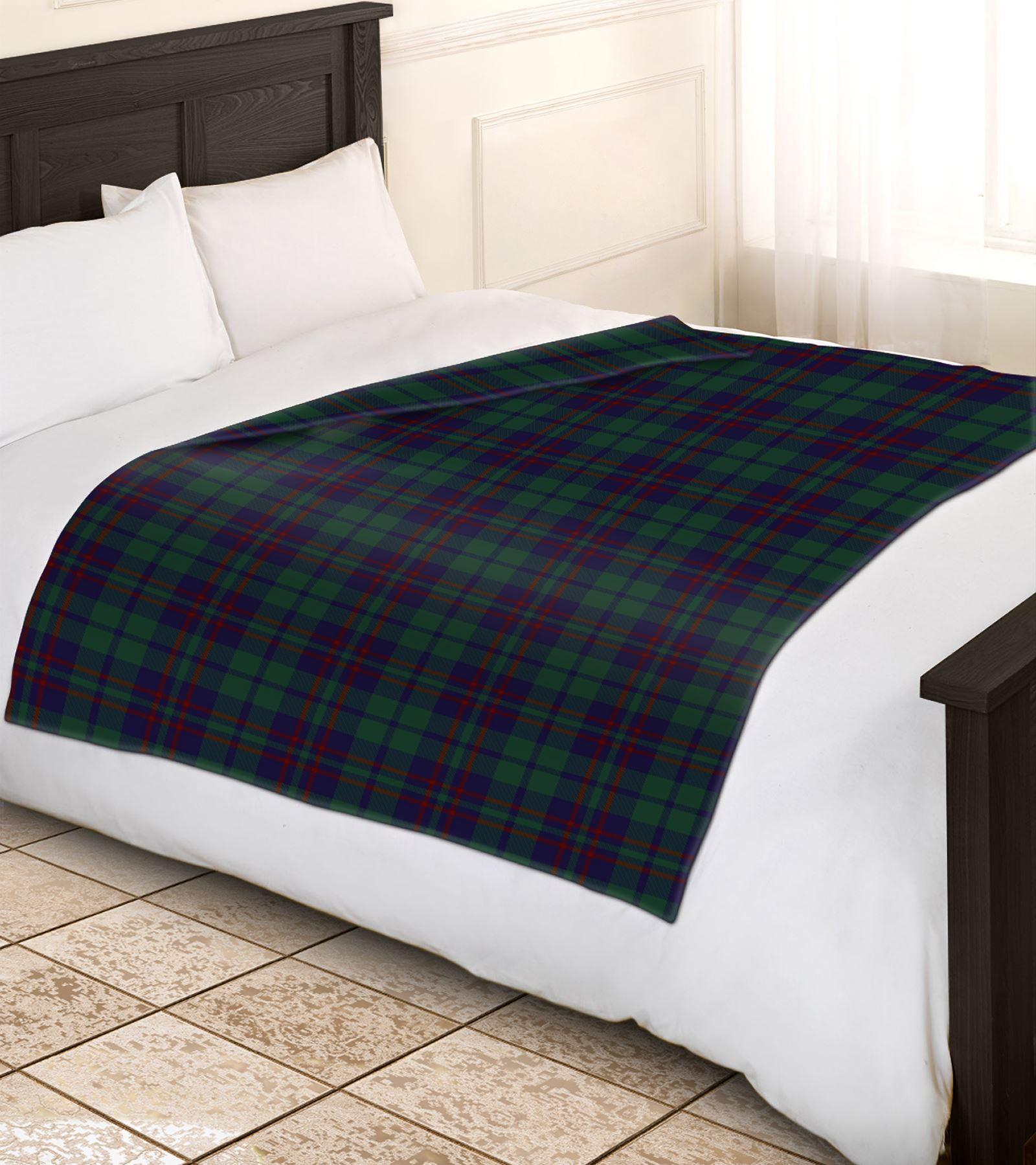 soft warm 200x240cm king size tartan check sofa throw bed fleece travel blanket ebay. Black Bedroom Furniture Sets. Home Design Ideas