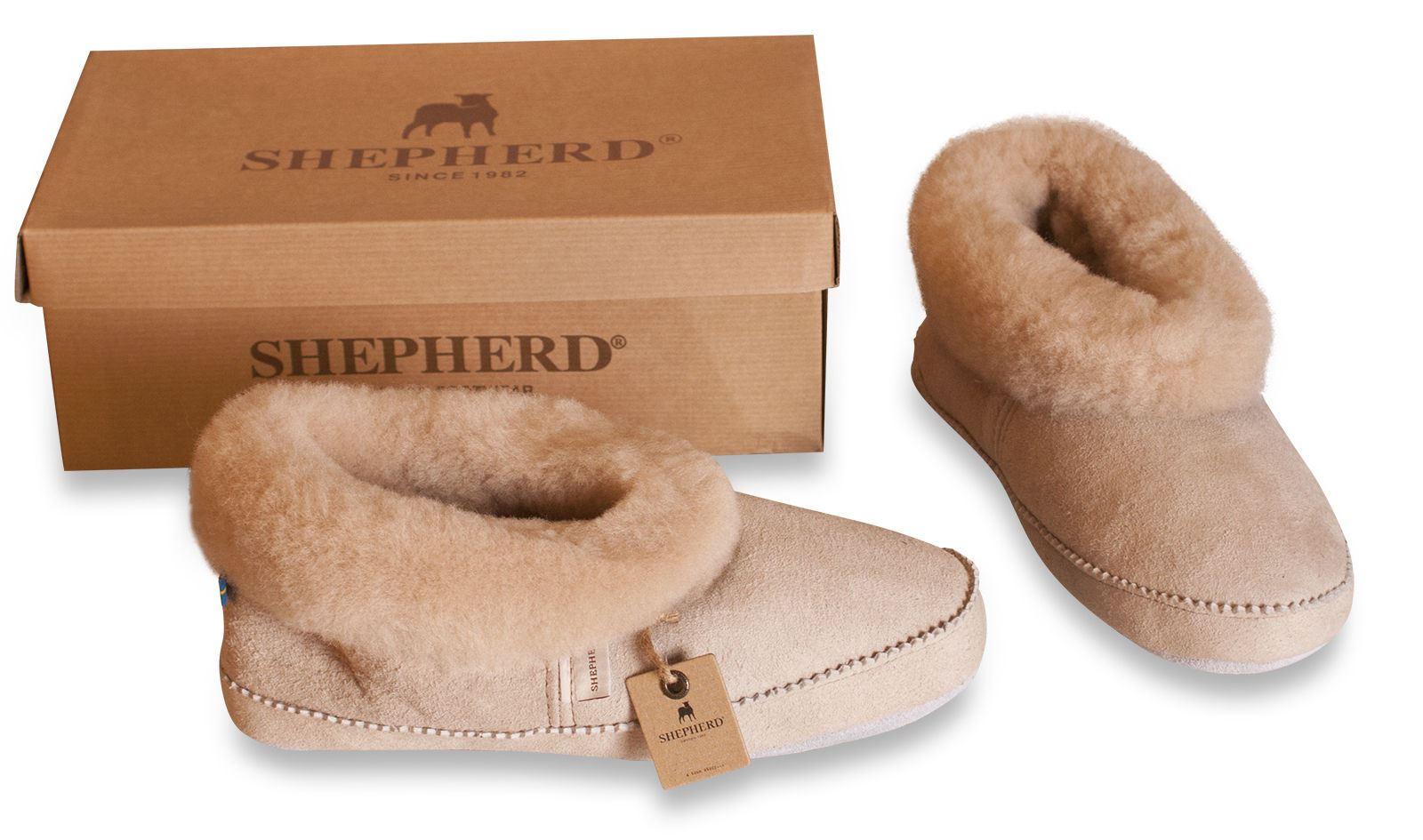 liste de cadeaux de romane s boss chaussons mouton top moumoute. Black Bedroom Furniture Sets. Home Design Ideas