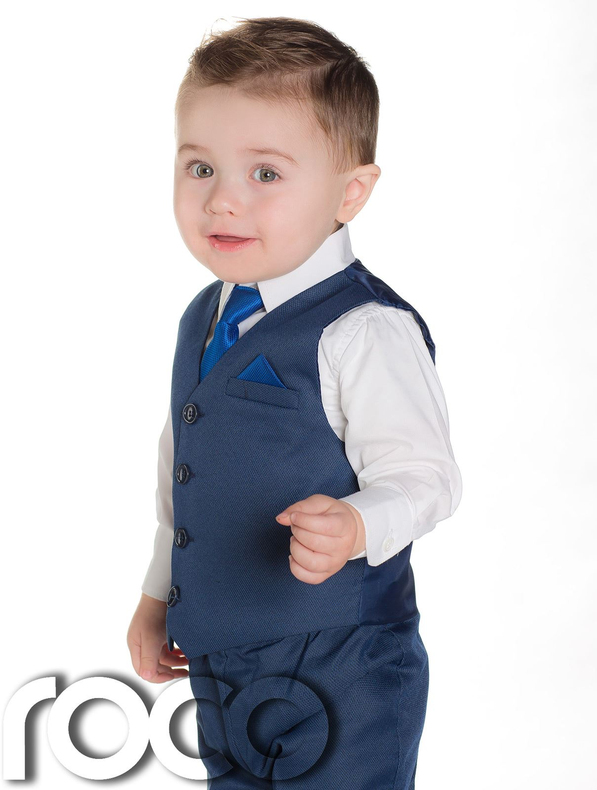 He'll look dapper in baby boy suits, complete with jacket and tie. Baby Depot has stylish dresswear for baby boys at great prices. Free Shipping available.
