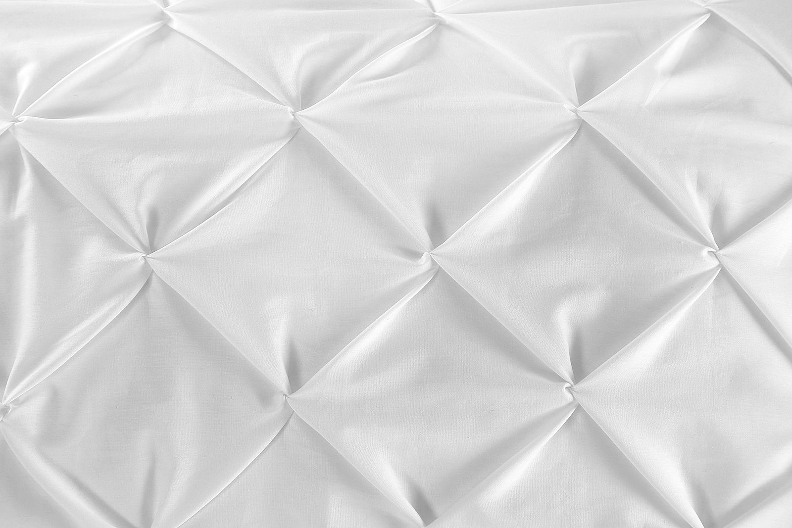 Hotel Quality 100 Cotton T180 Pinch Pleat Pintuck Diamond