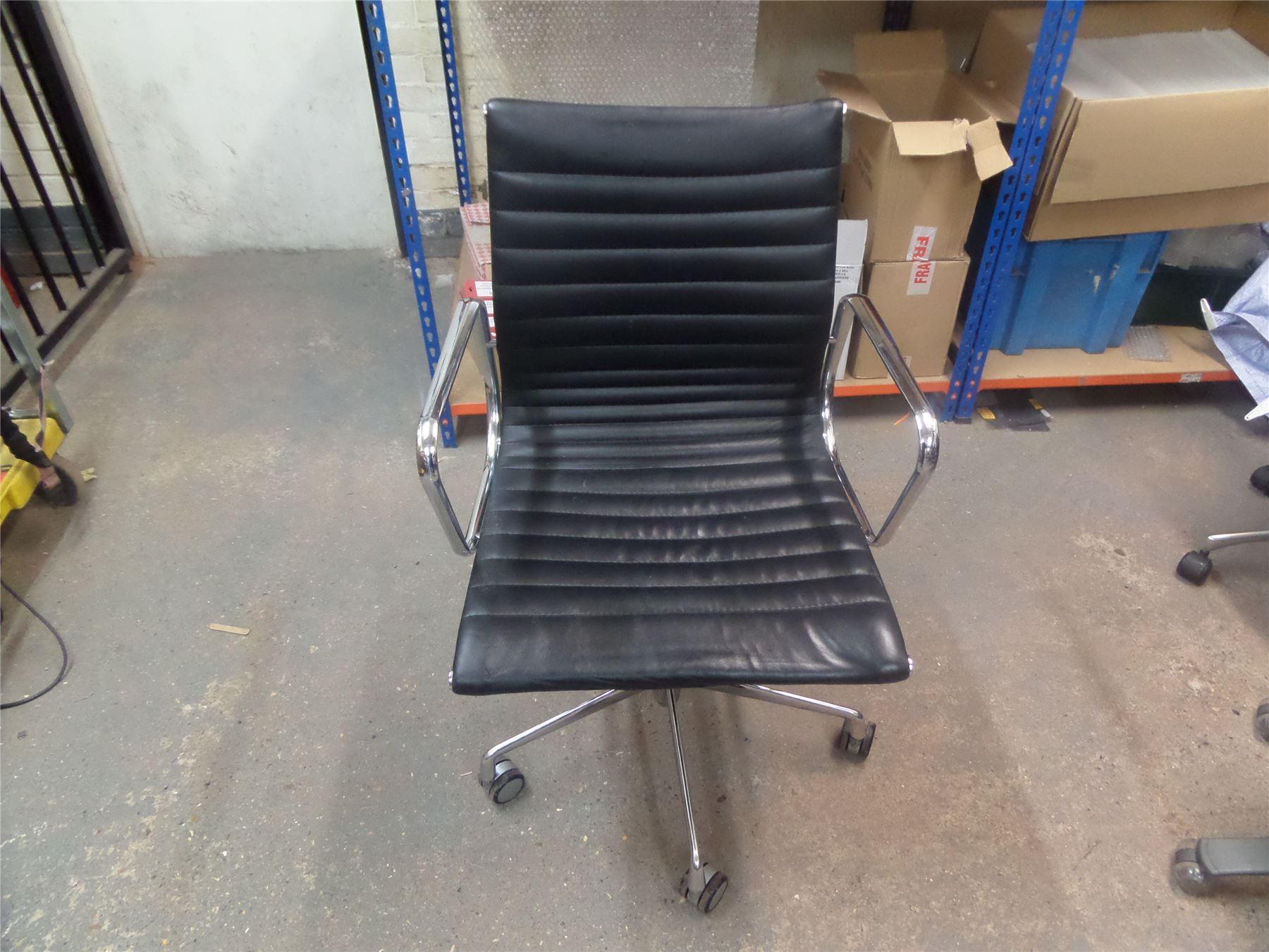 Eames aluminium group ea 117 style chair black leather for Eames ea 117 nachbau