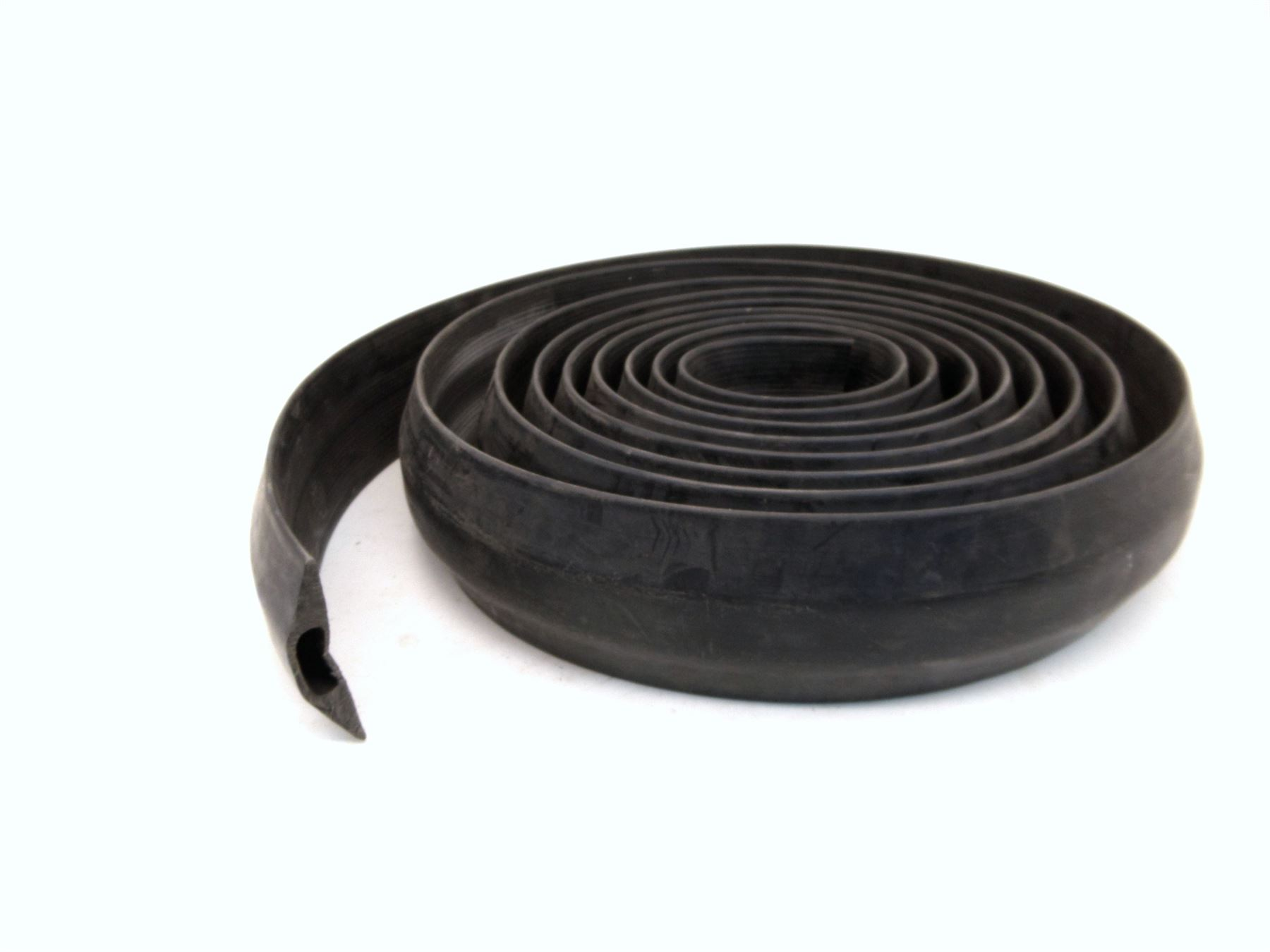 black rubber cable protector floor cover wire tidy safety trunking 6 meter me. Black Bedroom Furniture Sets. Home Design Ideas