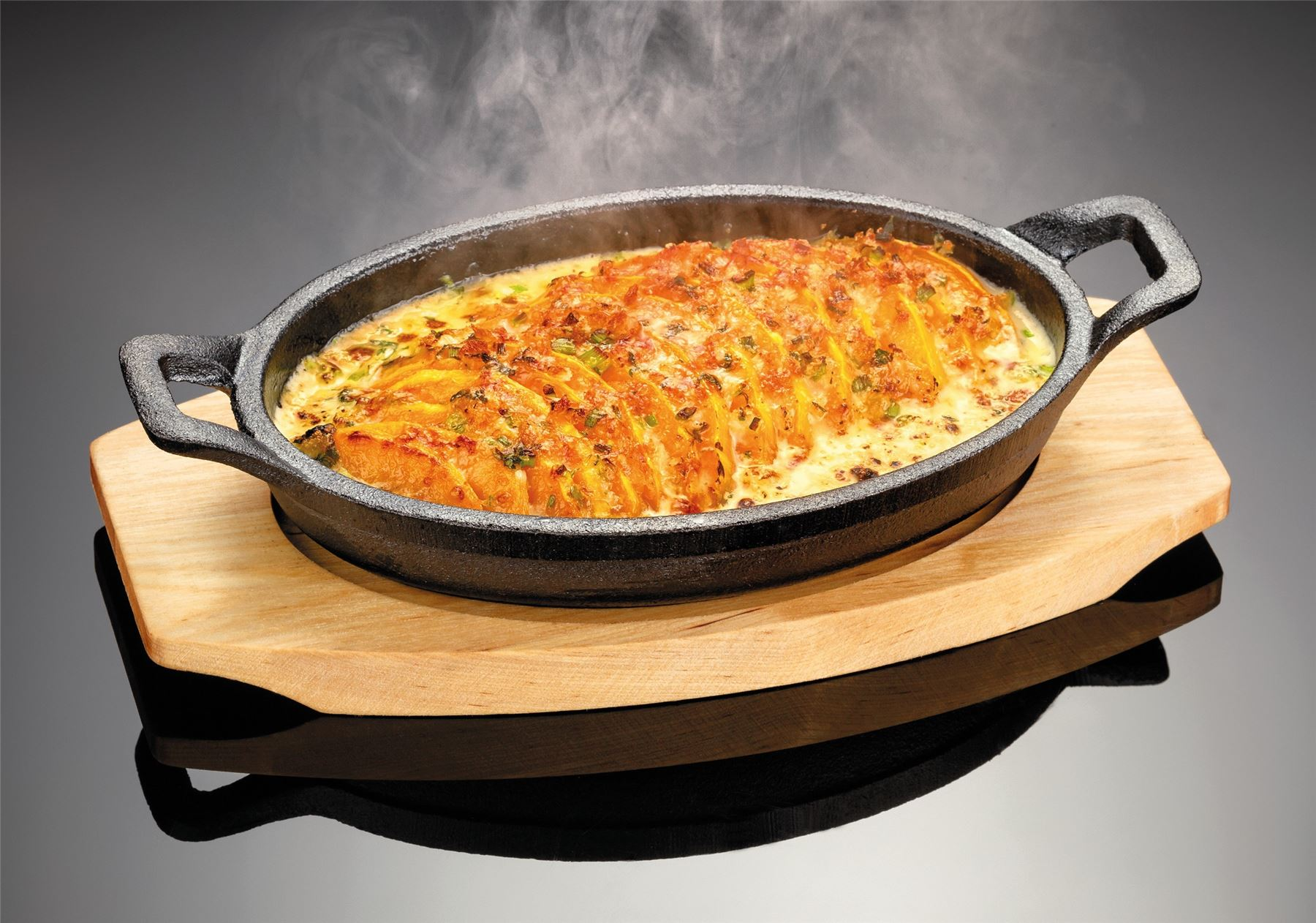 Judge Sizzle Amp Serve Cast Iron Gratin Griddle Dish With