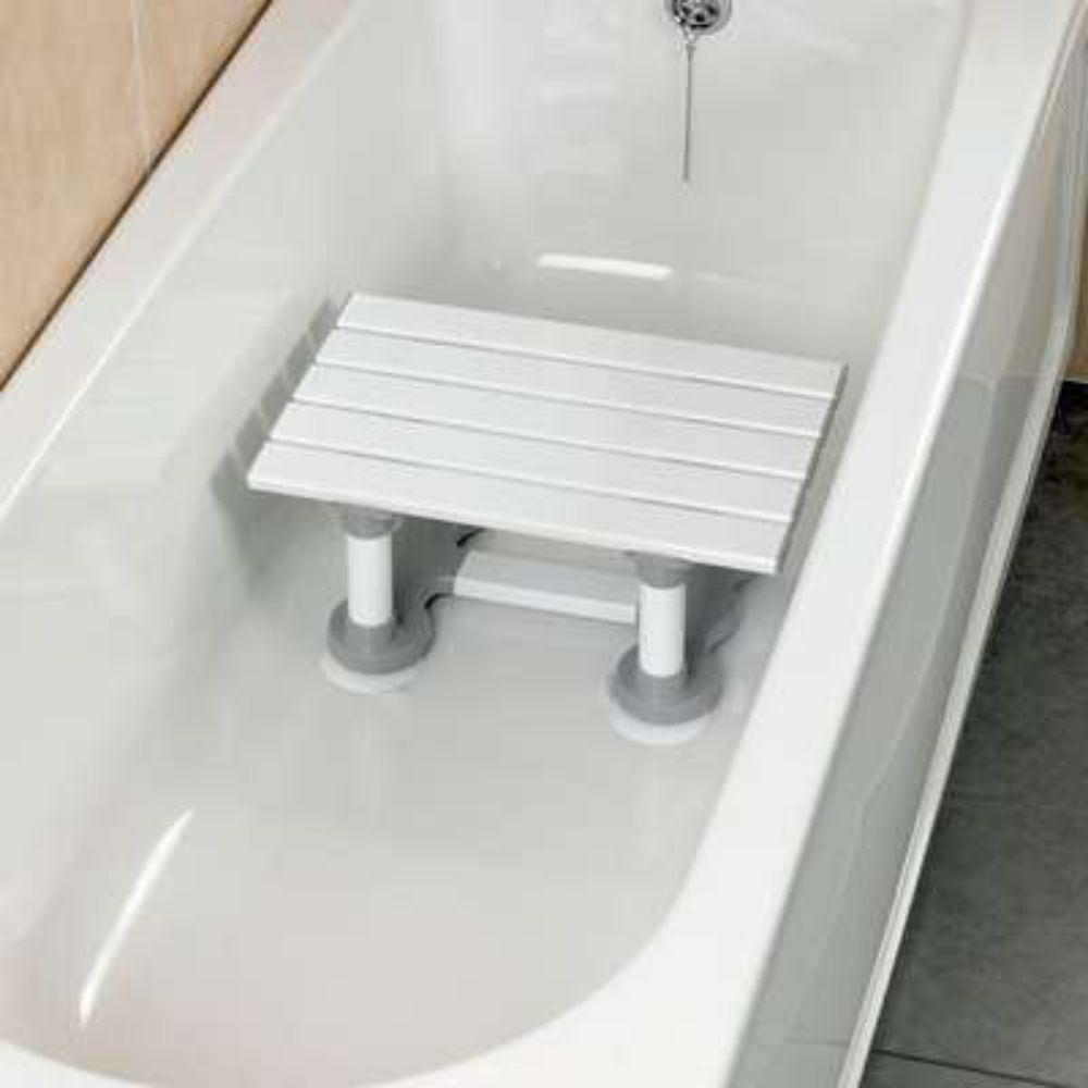 savanah slatted bath shower seat bathing step stool secure shower seat bath amp shower seat showerstool swivel seat