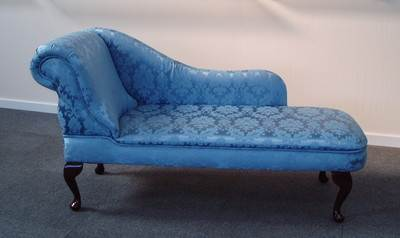 Chaise longue in a luxurious dark blue damask fabric new for Black damask chaise longue