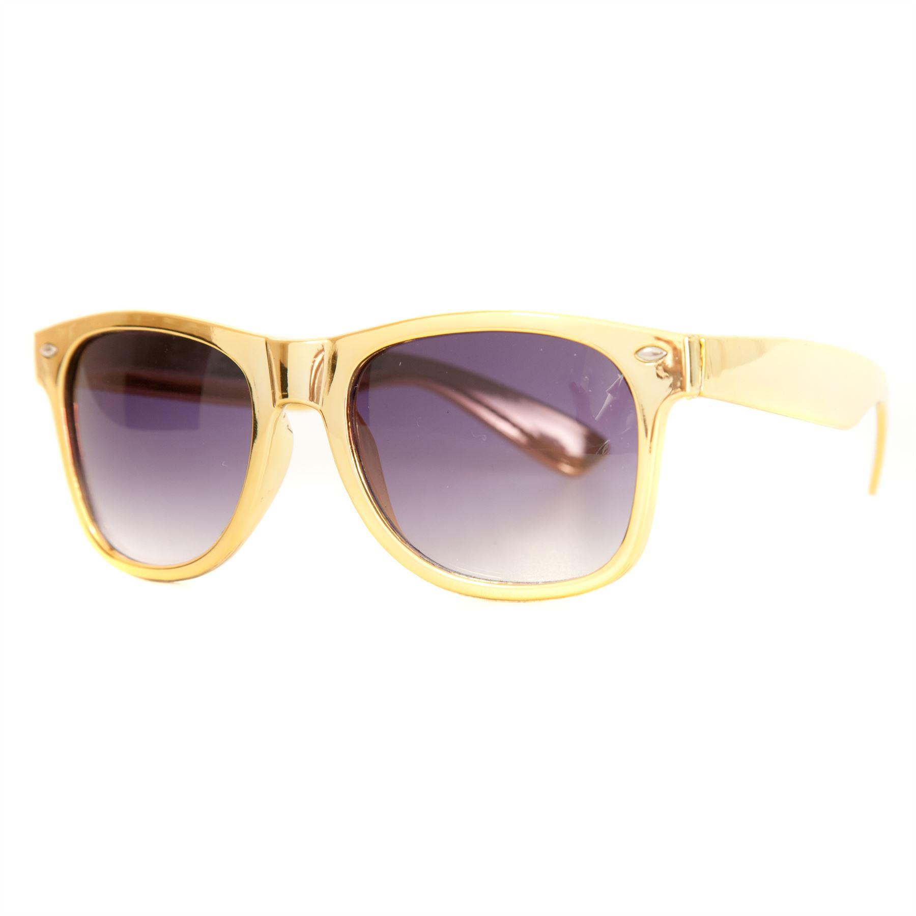 Metallic Gold Frame Wayfarer Sunglasses : Ladies Wayfarer Style Metallic Gold Sunglasses with black ...