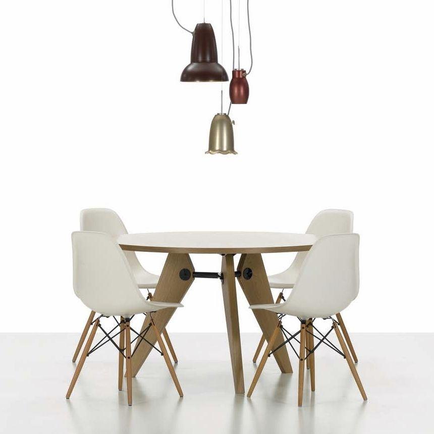 Charles Ray Eames Eiffel Inspired DSW Side Living Dining  : 8a29d858 054c 4f86 a34d ae67ae5d89d0 from www.ebay.co.uk size 860 x 860 jpeg 47kB