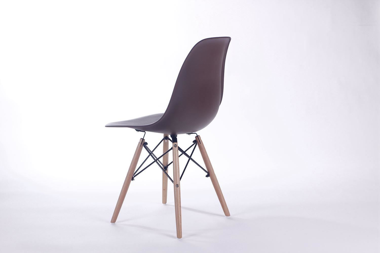 Charles Ray Eames Eiffel Inspired DSW Side Dining Chair  : e5e3d788 e394 4ccd a4ca e3092f4084db from www.ebay.co.uk size 1500 x 1000 jpeg 53kB