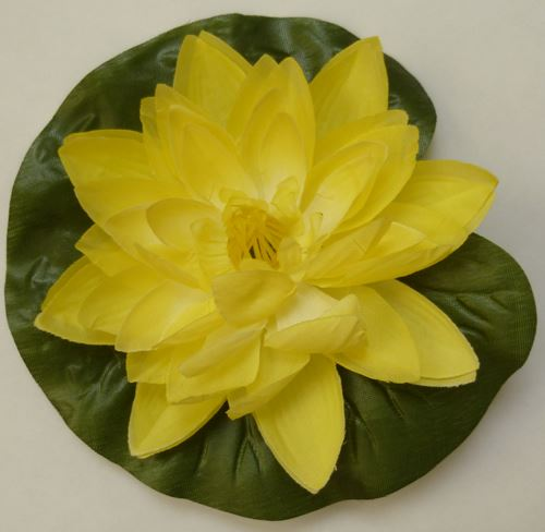 Pond plant floating lily artificial plastic decorative 13 for Plastic floating pond plants