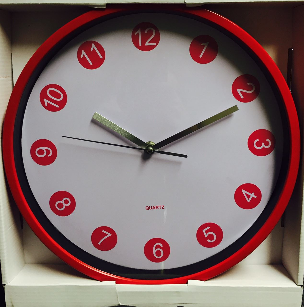 LARGE RED & WHITE RETRO KITCHEN HOME OFFICE WALL CLOCK
