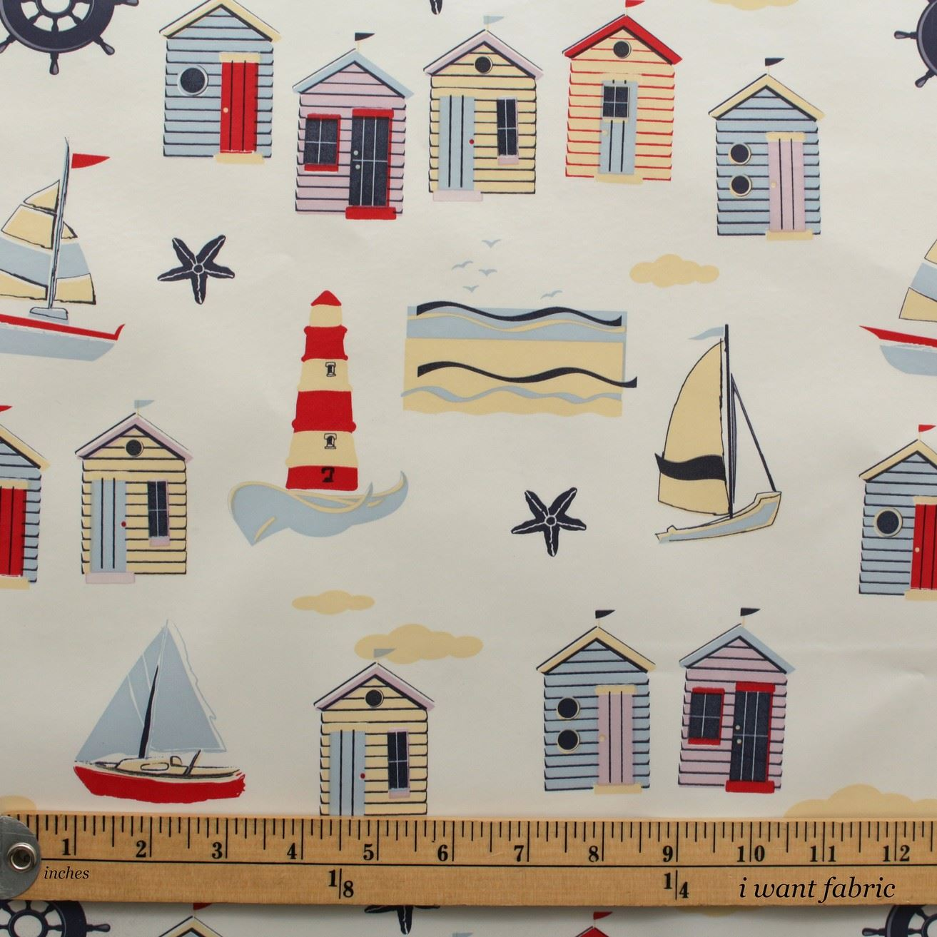 VINTAGE-BEACH-HUTS-SEASIDE-BOATS-WIPE-CLEAN-PVC-OILCLOTH-TABLECLOTH-PER-METRE