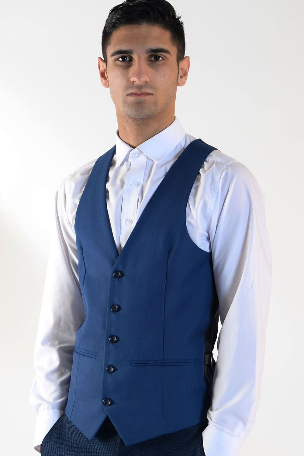 Mens Designer Waistcoat can be worn for a night out with friends or when you go on a kumau.ml is tailored by soft texture fabric, which makes it comfy to wear. more.. Rs Piece.