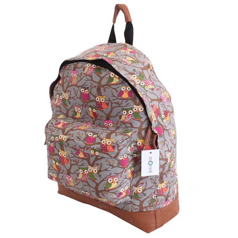 Head to school in style with fashionable, versatile backpacks for girls from DICK'S Sporting Goods. Discover an array of hiking backpacks, sling bags, training bags and more.