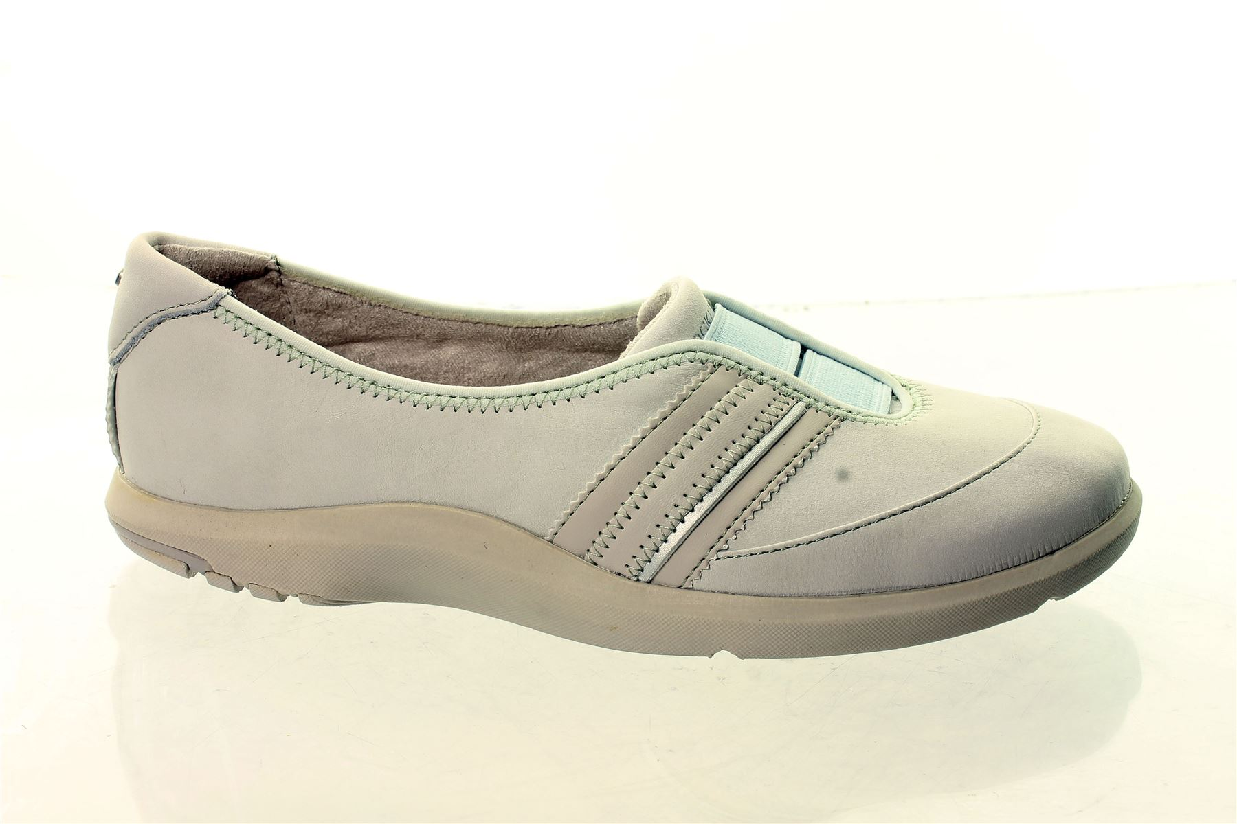 Cobb Hill Shoes. Cobb Hill shoes combine today's fashion with all-day comfort. As part of the New Balance family, Cobb Hill styles are available in a wide range of sizes and widths.