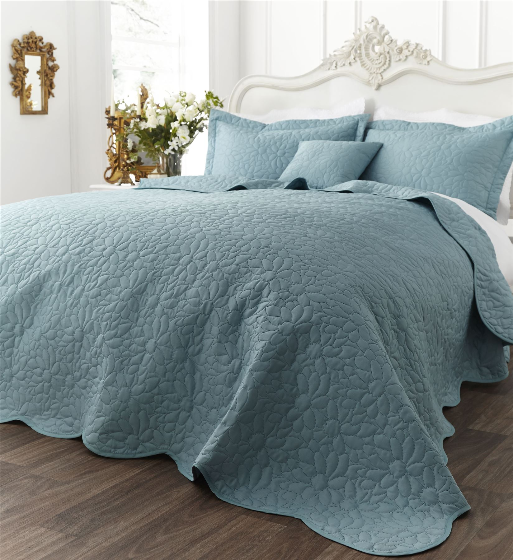 Floral-Geometric-Contemporary-Bedspread-Or-Cushions-Catherine-Lansfield