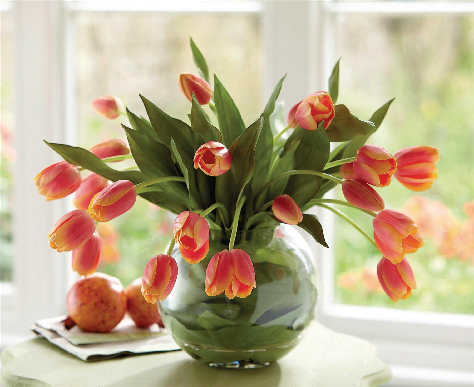 Bloom Large Coral Tulip Bowl Arrangement Leaf Lined Glass